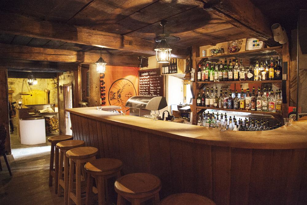 Bar und Restaurant Dorta Slide 4