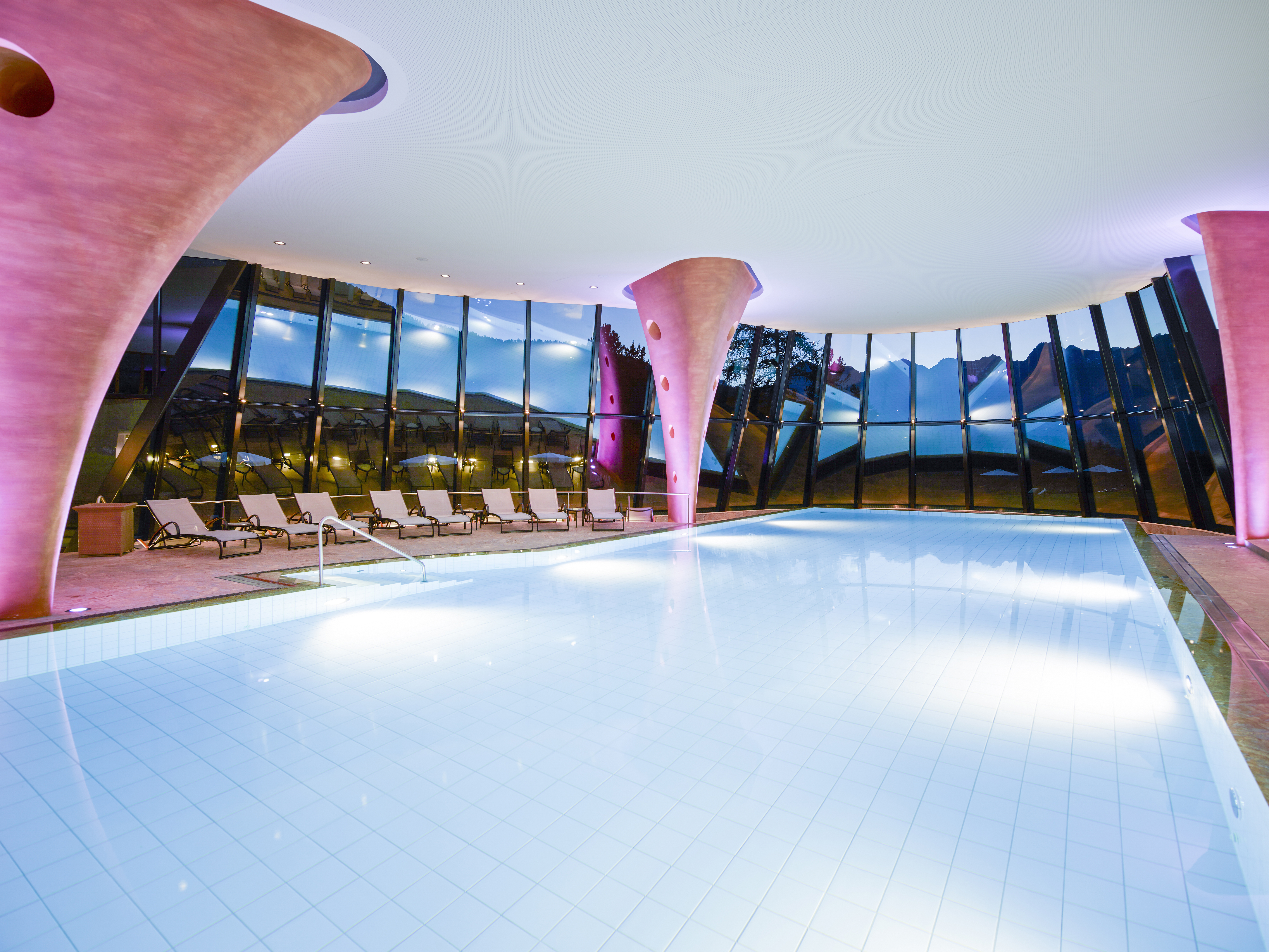 Kronenhof Spa Slide 3