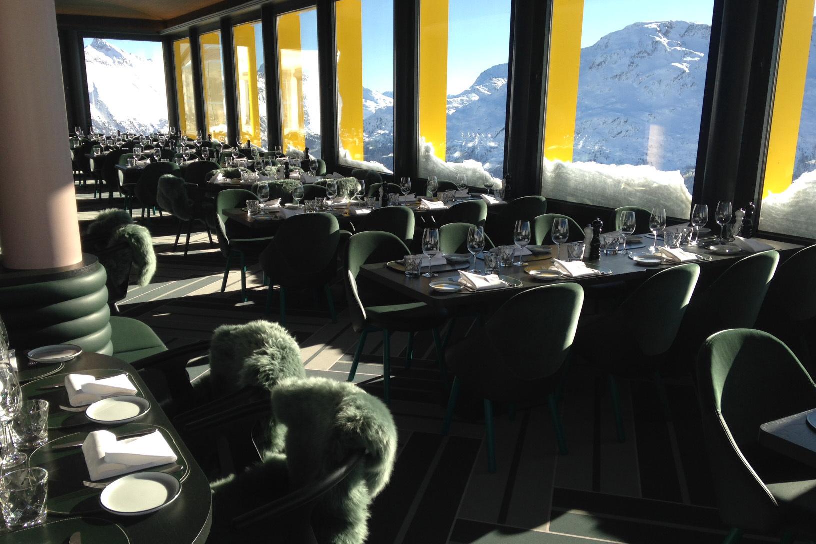 White Marmot Restaurant & Bar Slide 1