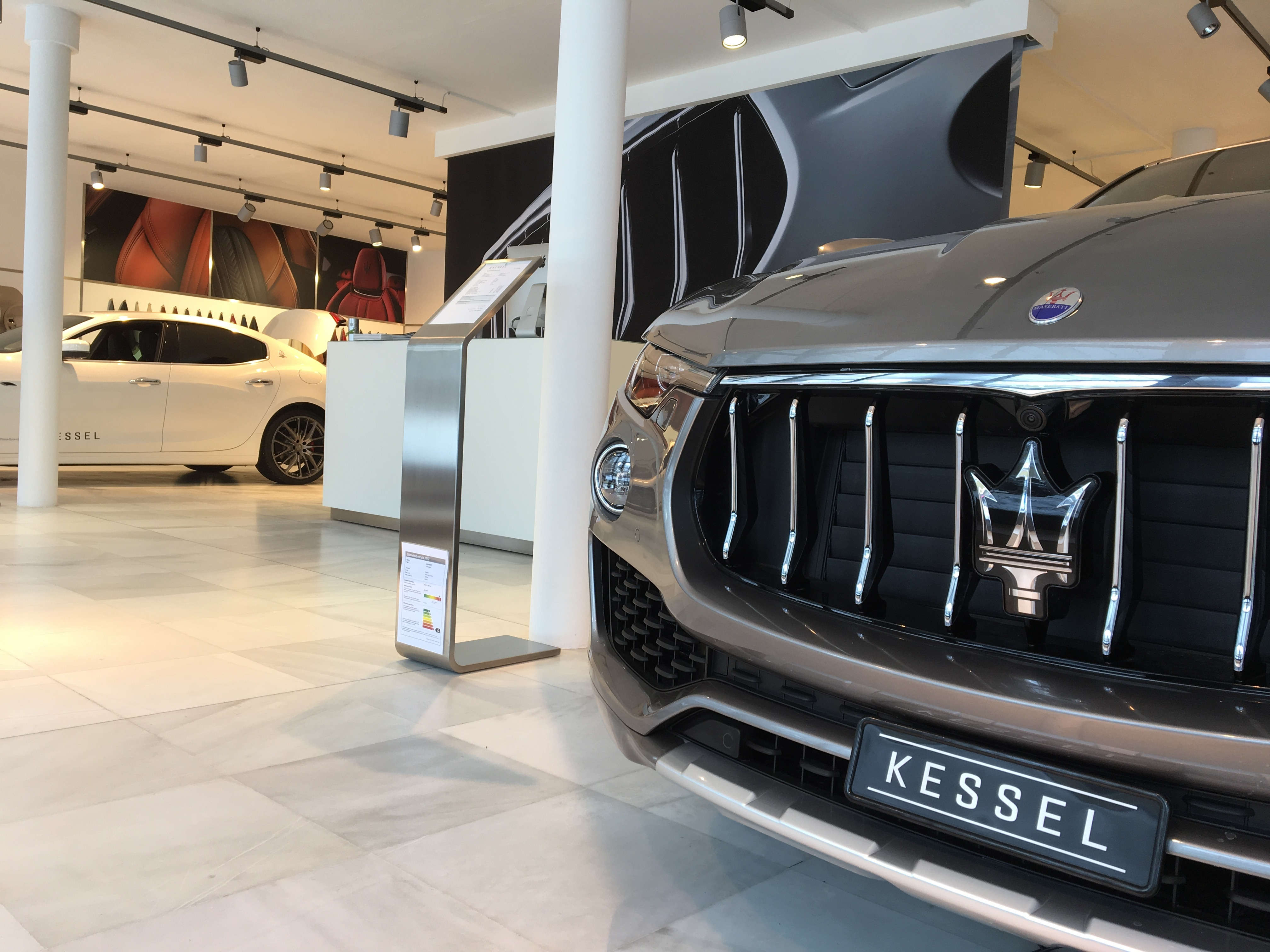 Maserati Slide 3