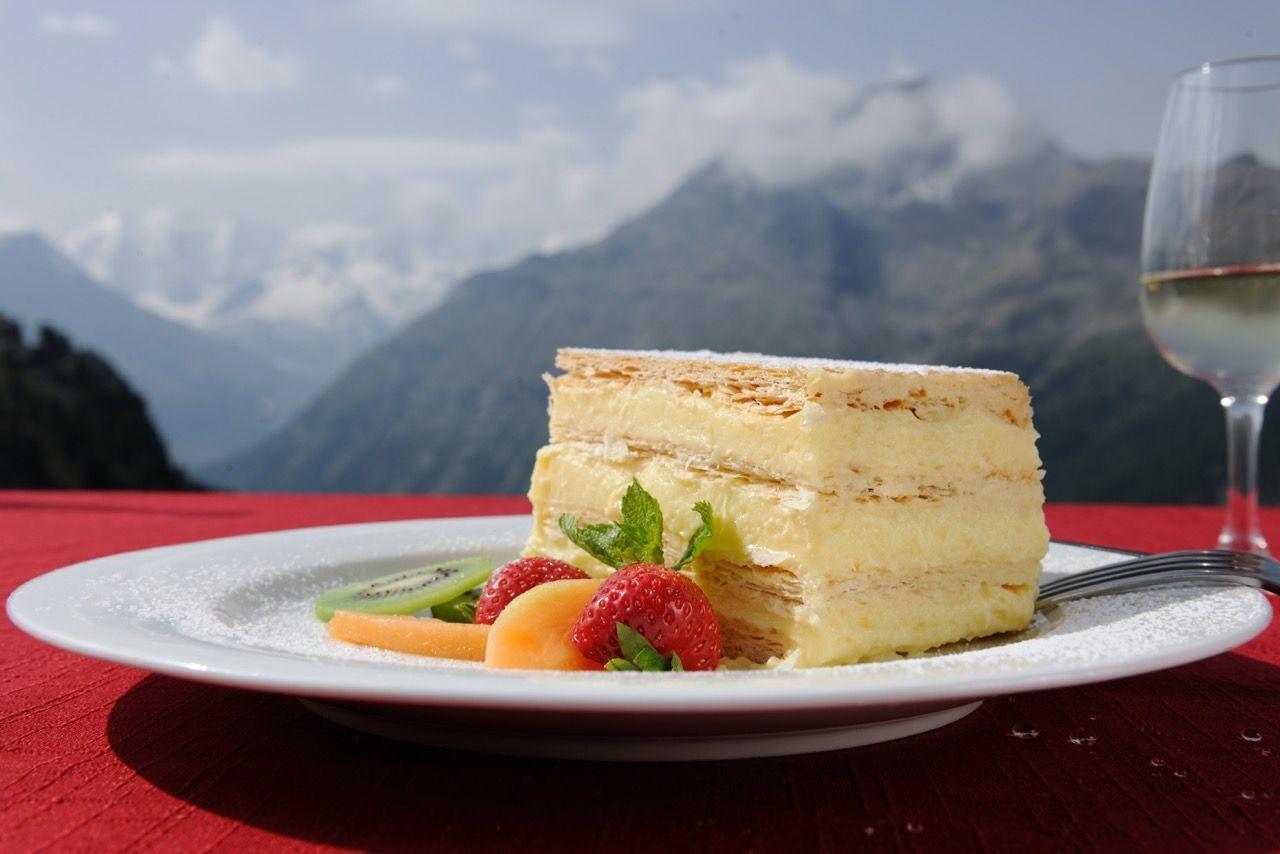 Bergrestaurant Alp Languard Slide 1