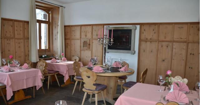 Restaurant Murtaröl Slide 1