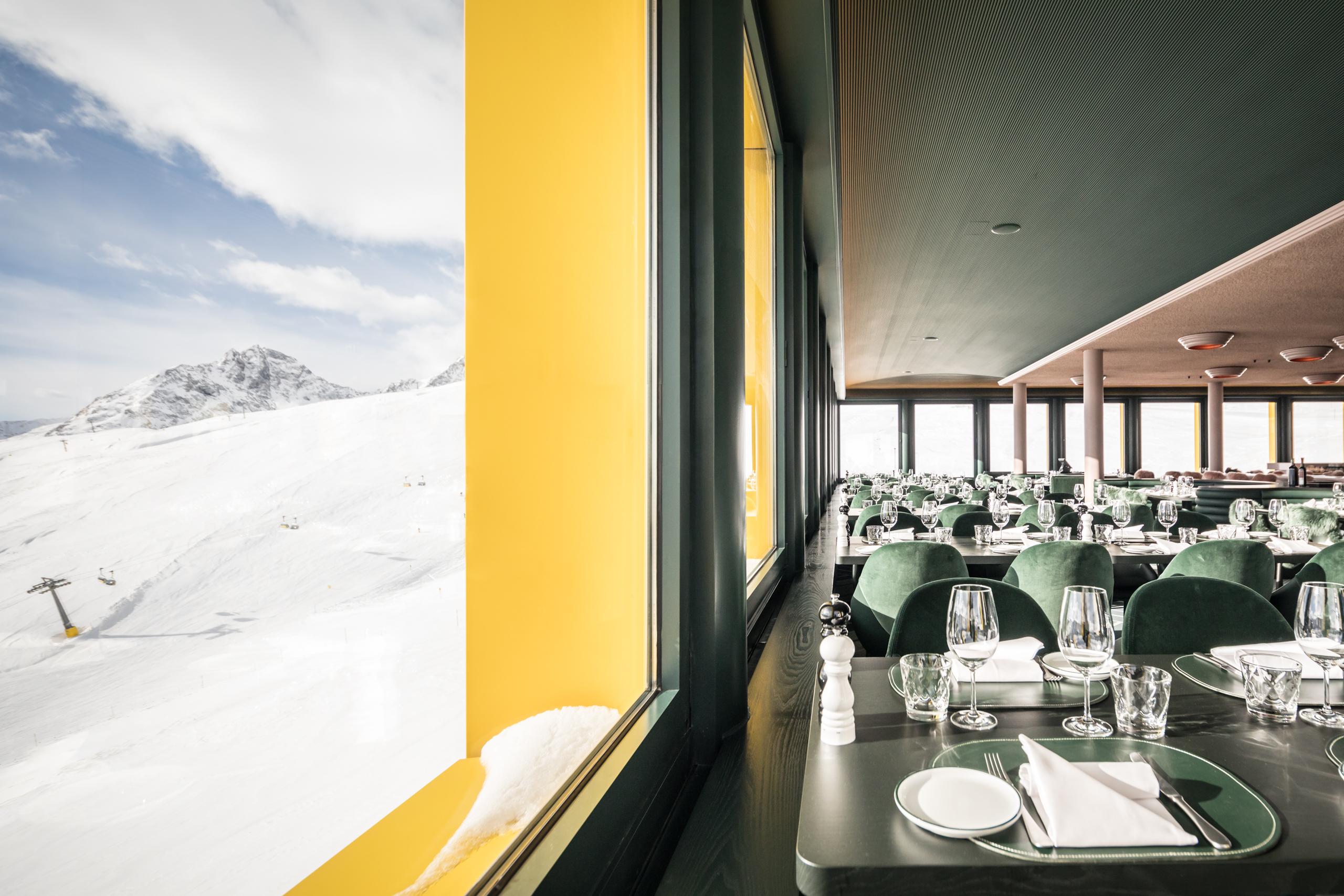 White Marmot Restaurant & Bar Slide 5