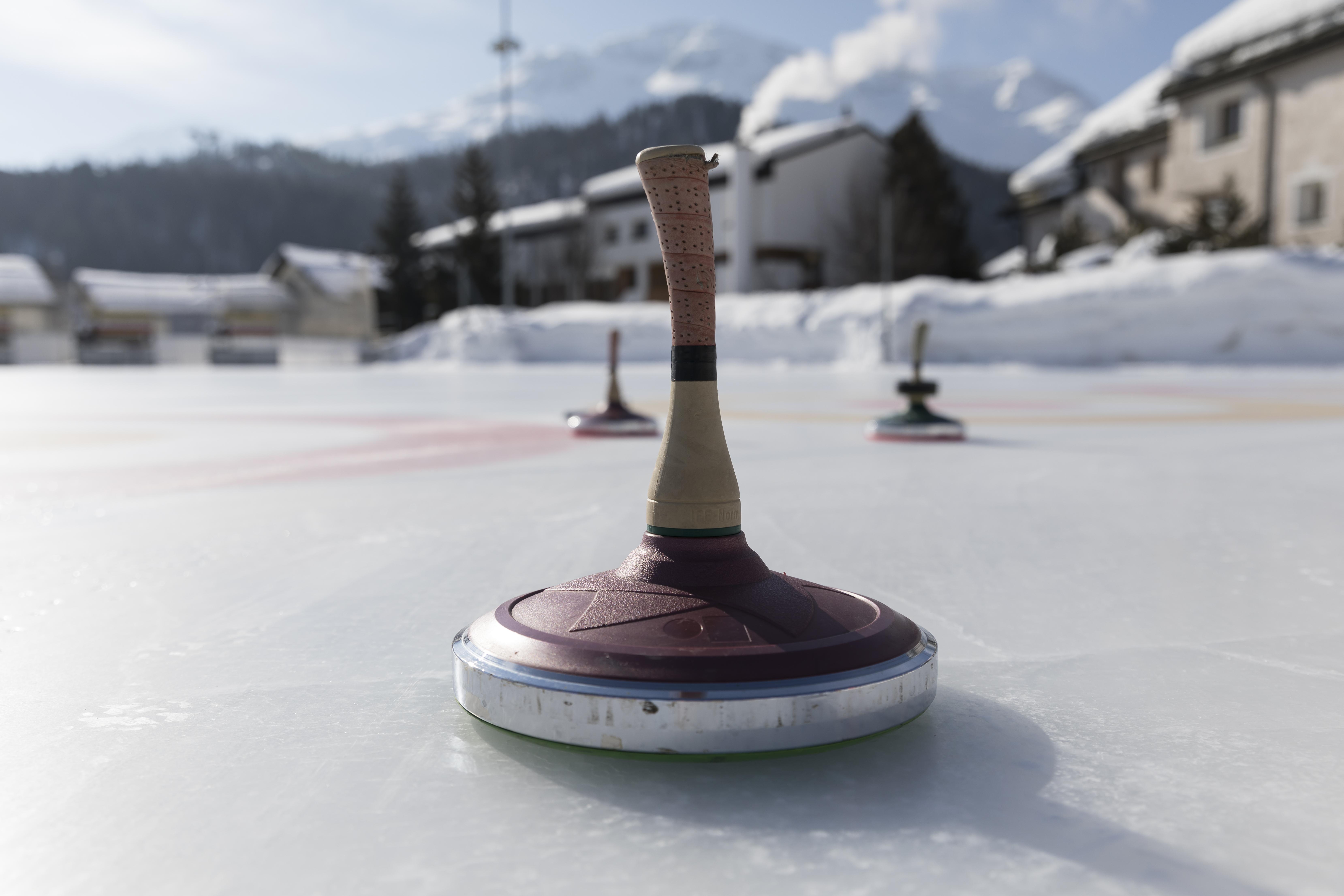 Celerina ice rink Slide 1