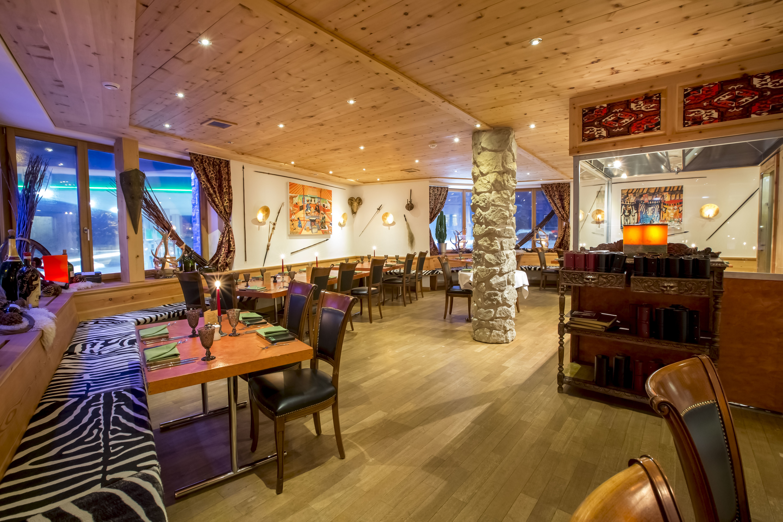 The Royal Mongolian Restaurant Slide 2