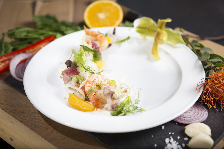 CheCha Restaurant & Club Slide 2