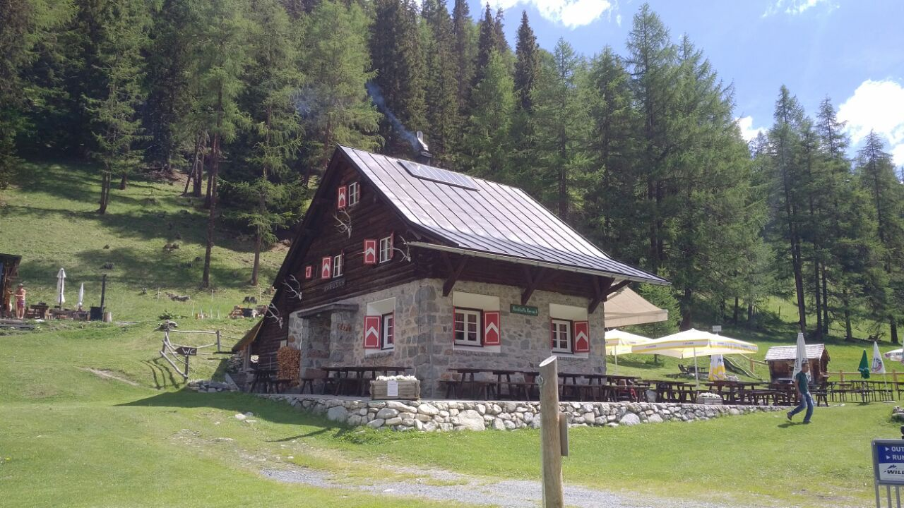 Parkhütte Varusch Slide 1