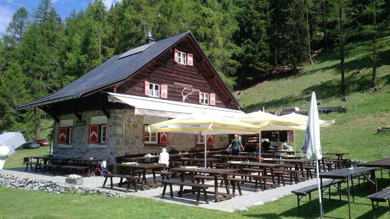 Varusch Hut