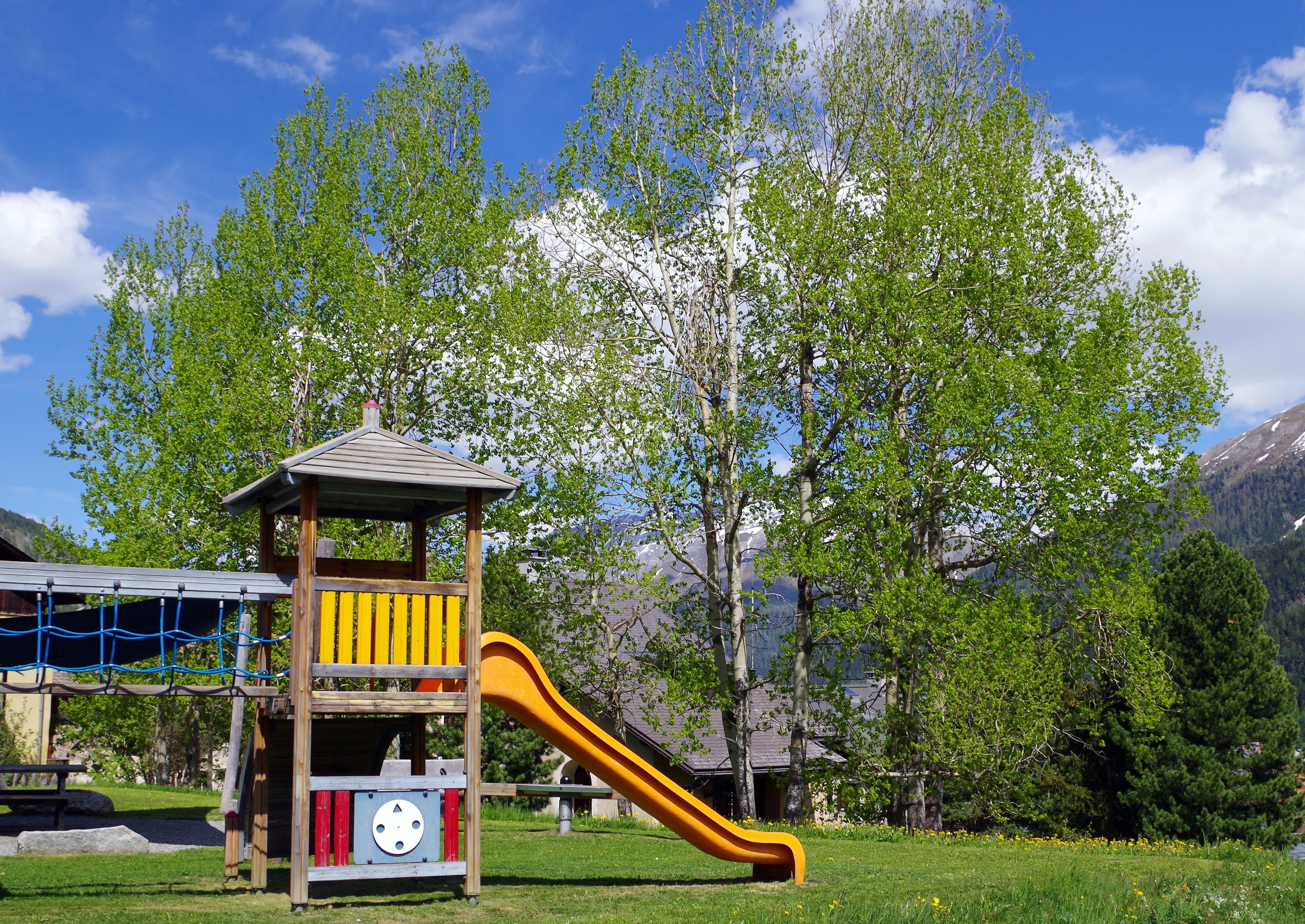Kinderspielplatz Eulalia Slide 6