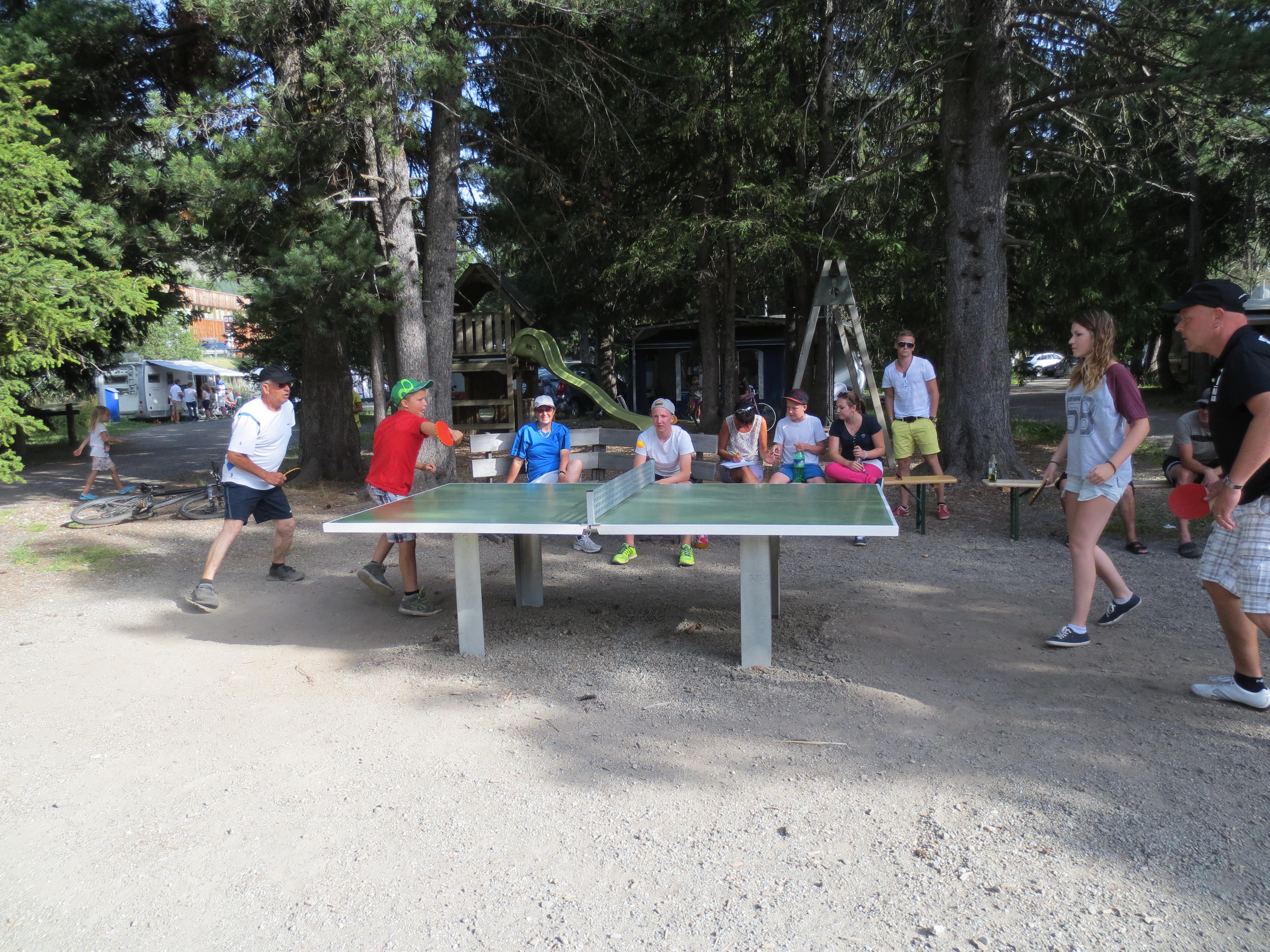 Kinderspielplatz TCS Camping Punt Muragl Slide 1