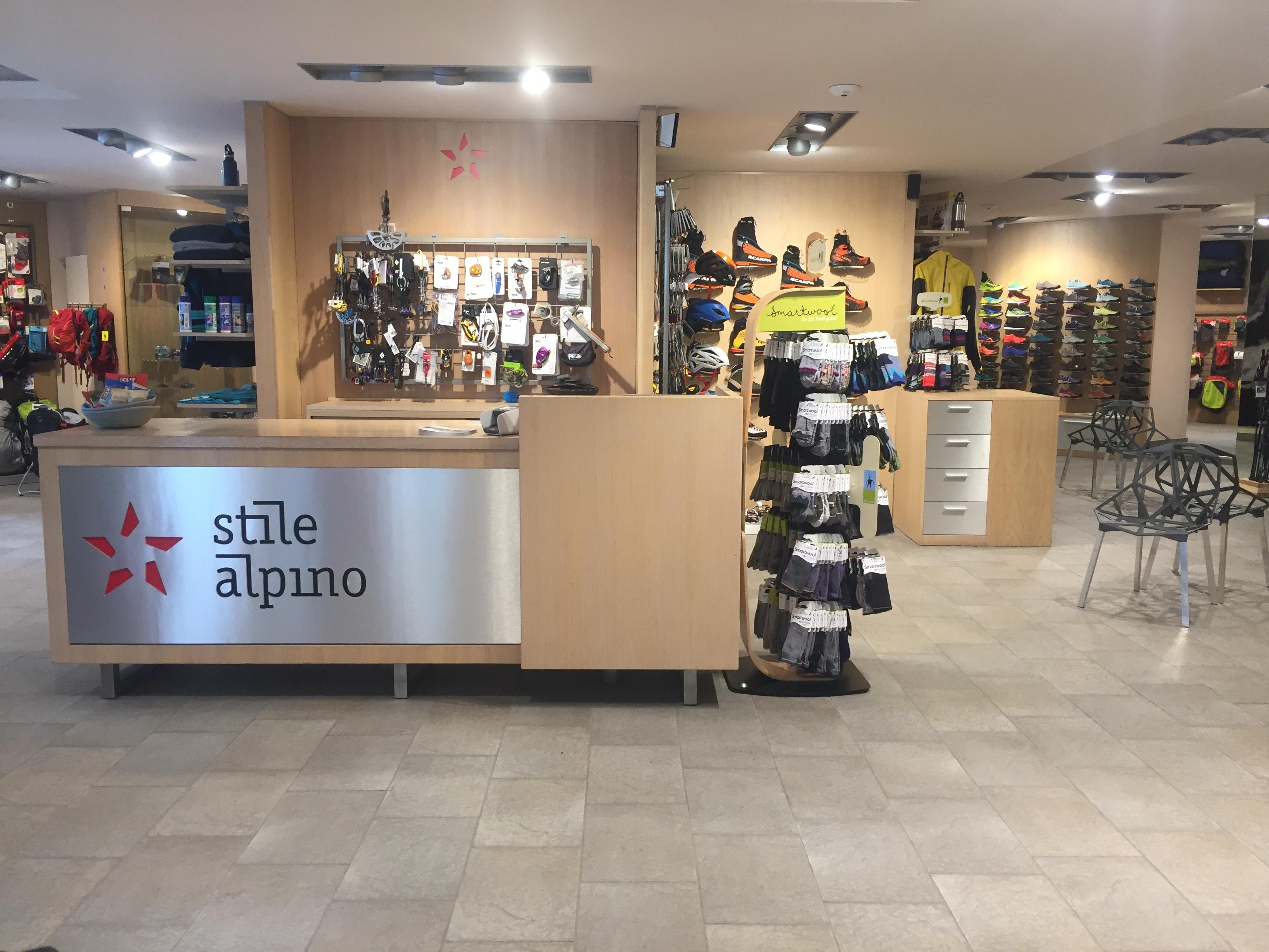 Stile Alpino Slide 1