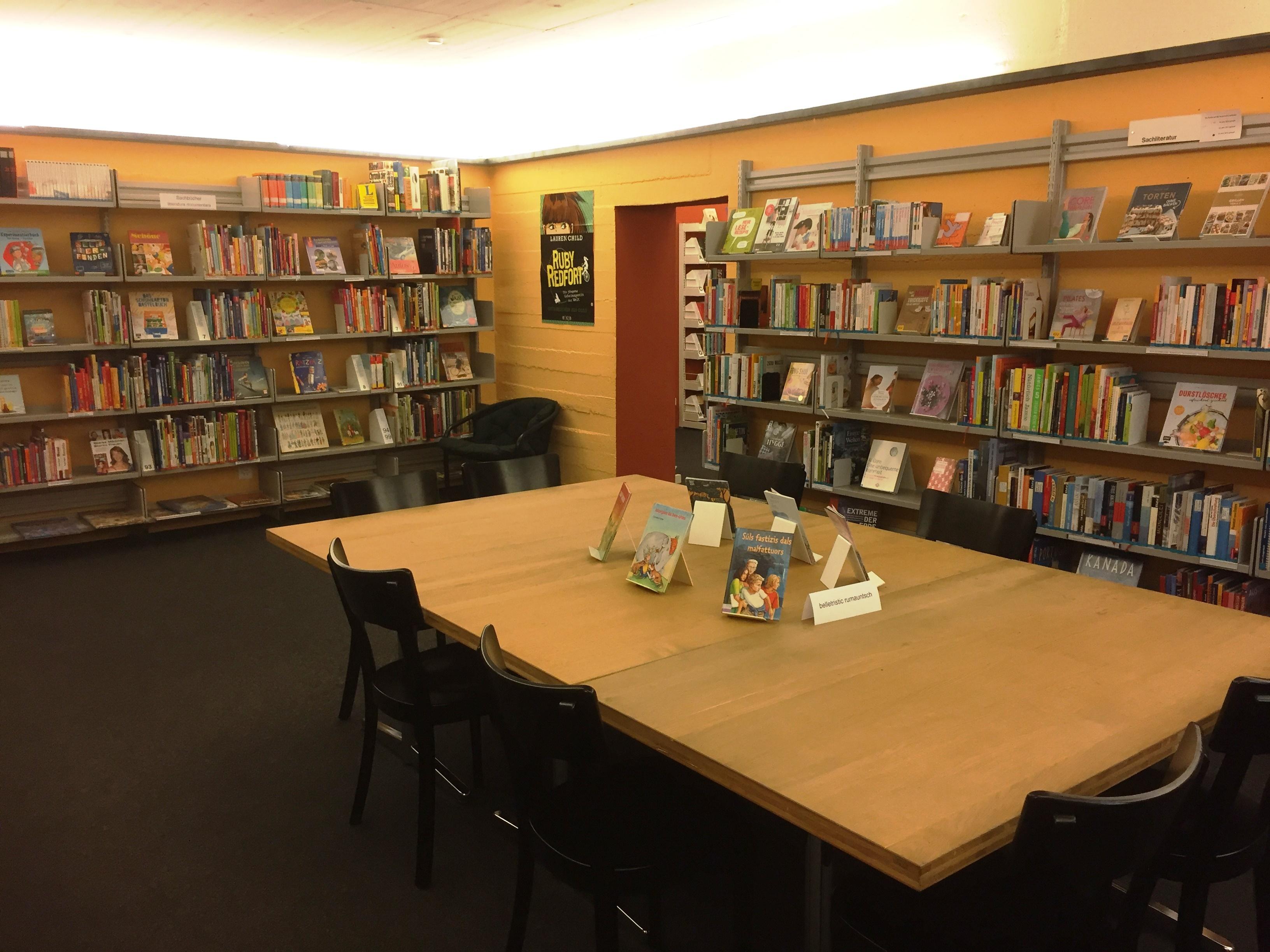 Biblioteca da Samedan / Bever Slide 1