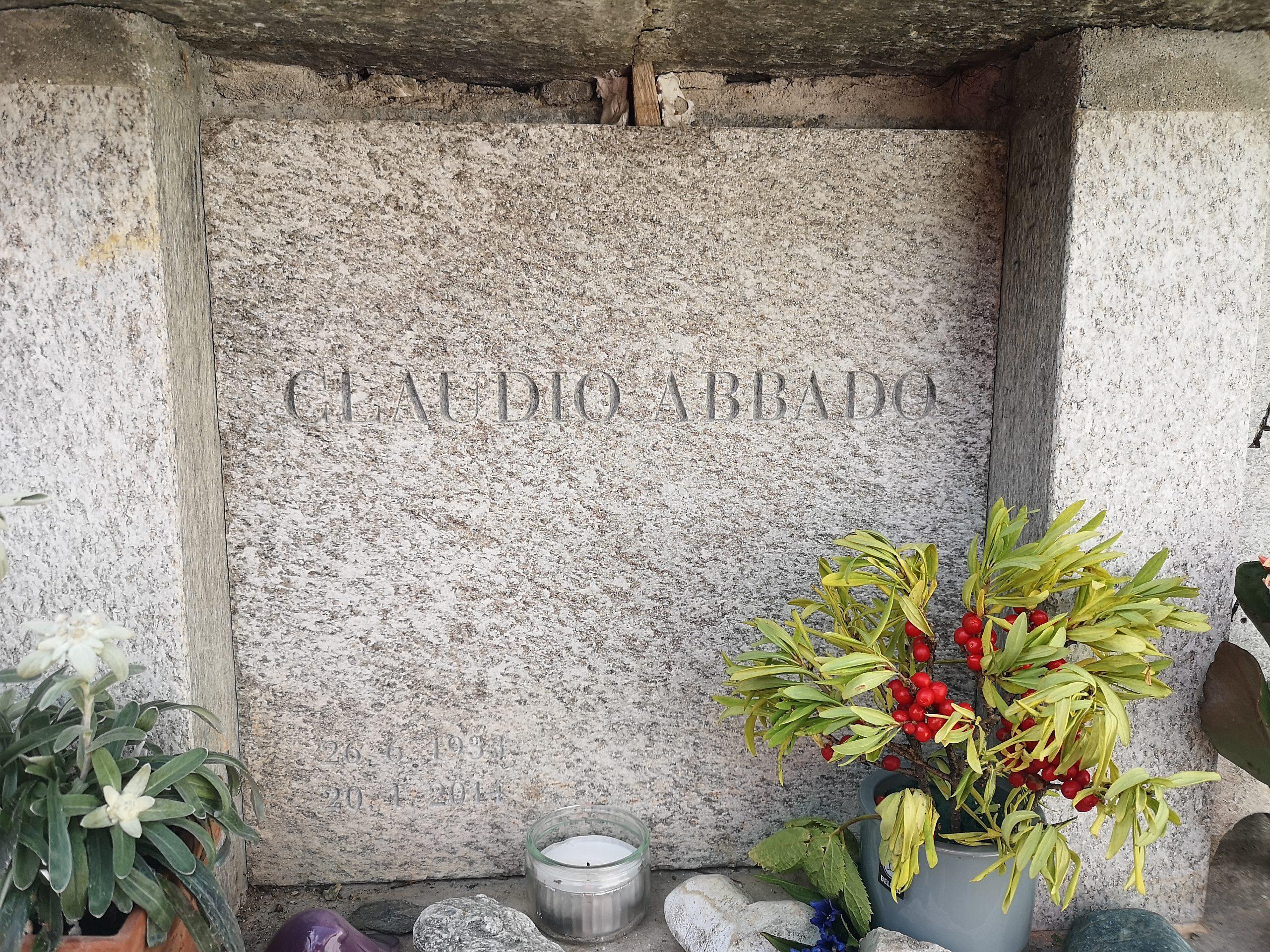 Sitzbänkli zu Ehren von Claudio Abbado Slide 3