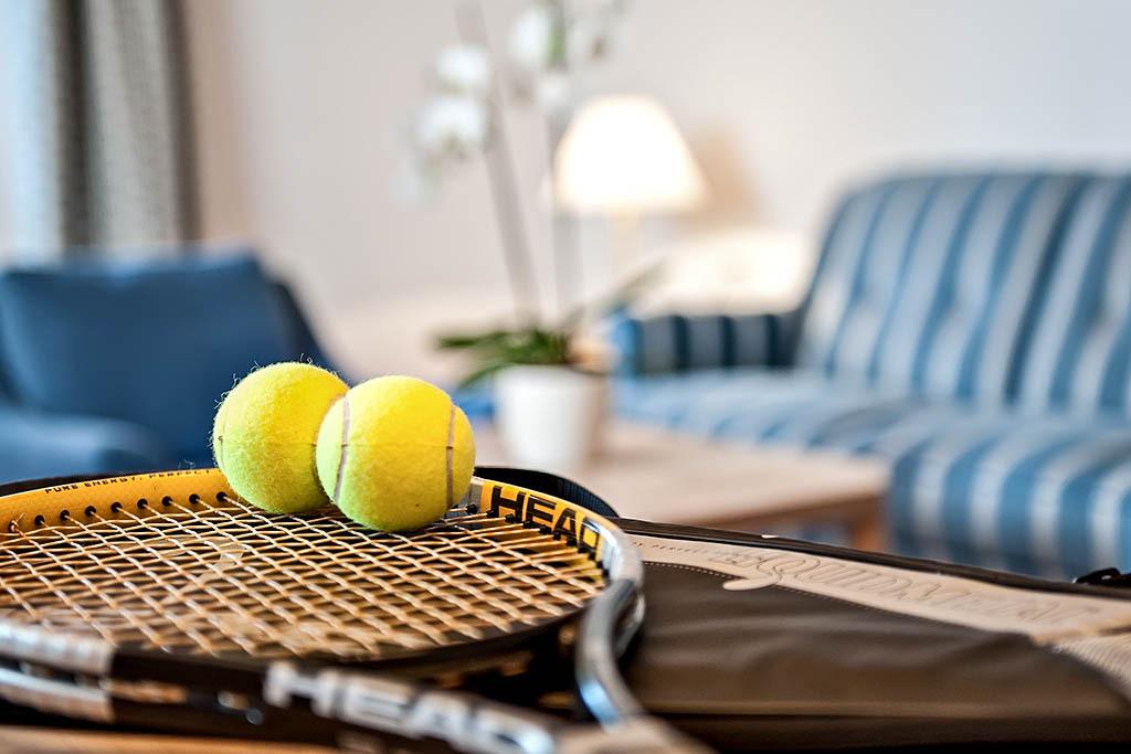 Tennisplatz Parkhotel Margna Slide 1