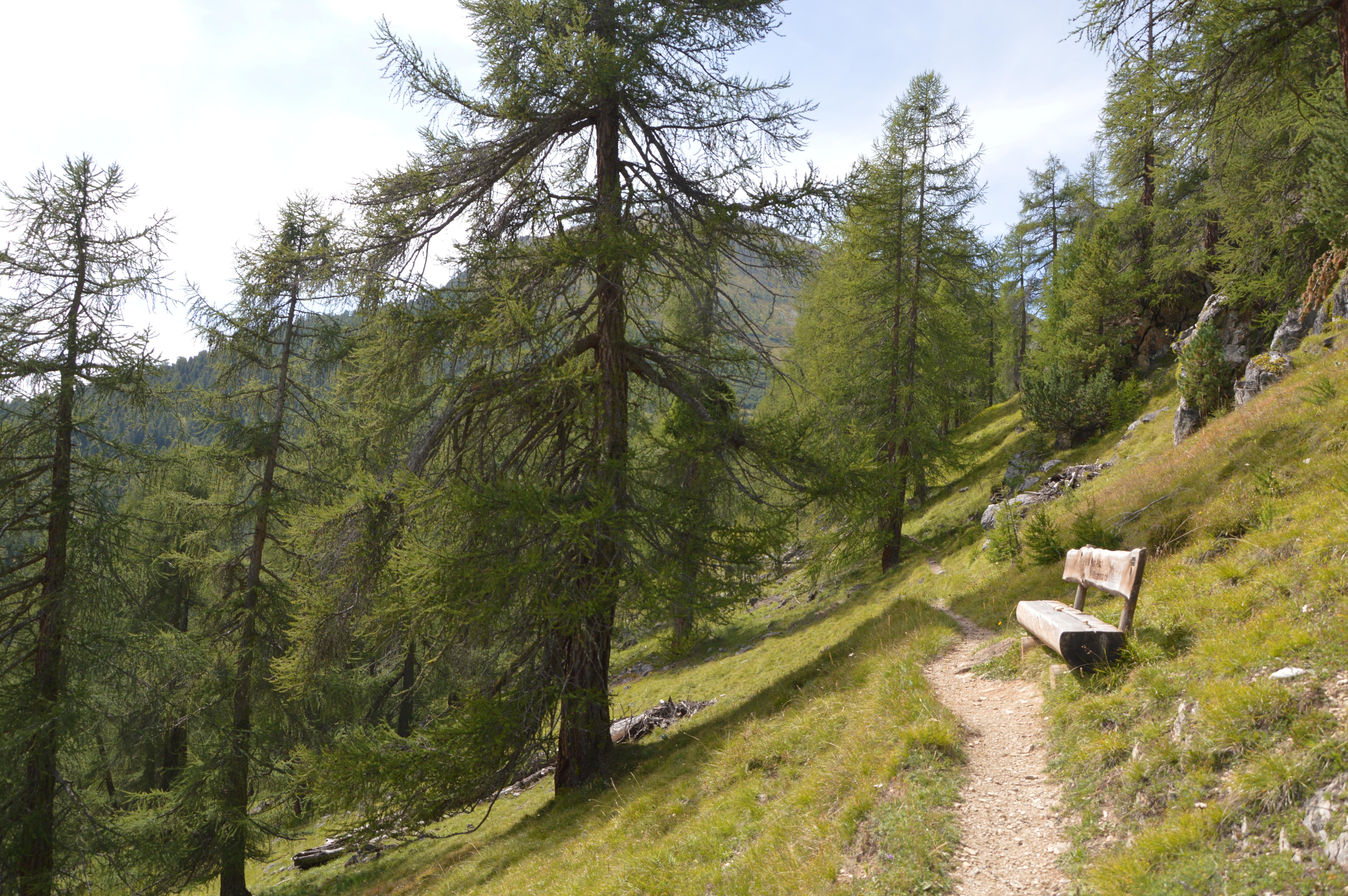 Sitzbank Via Segantini 1 Slide 3