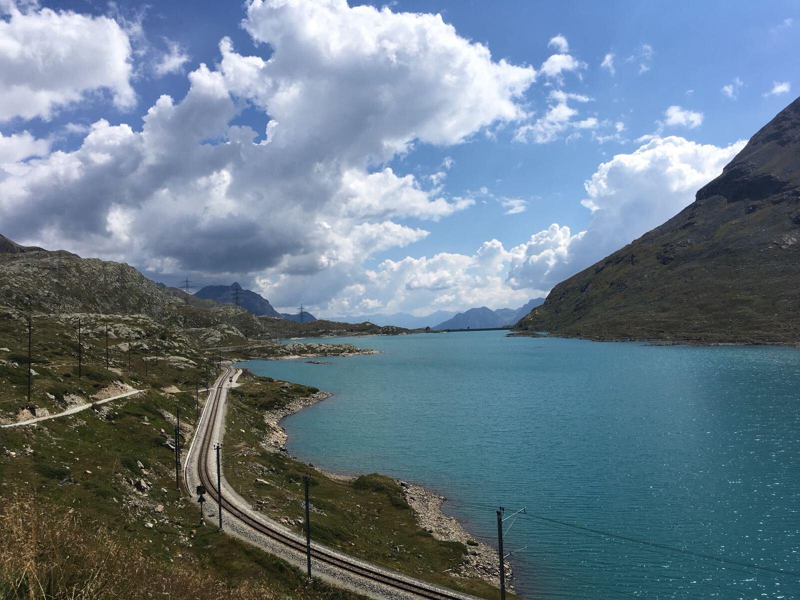 Lago Bianco Slide 5