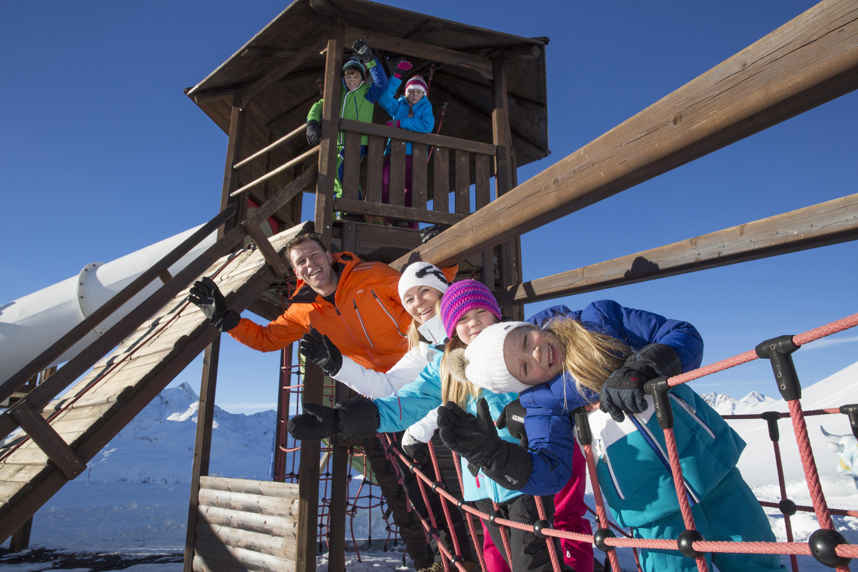 Kinderspielplatz Muottas Muragl Slide 1