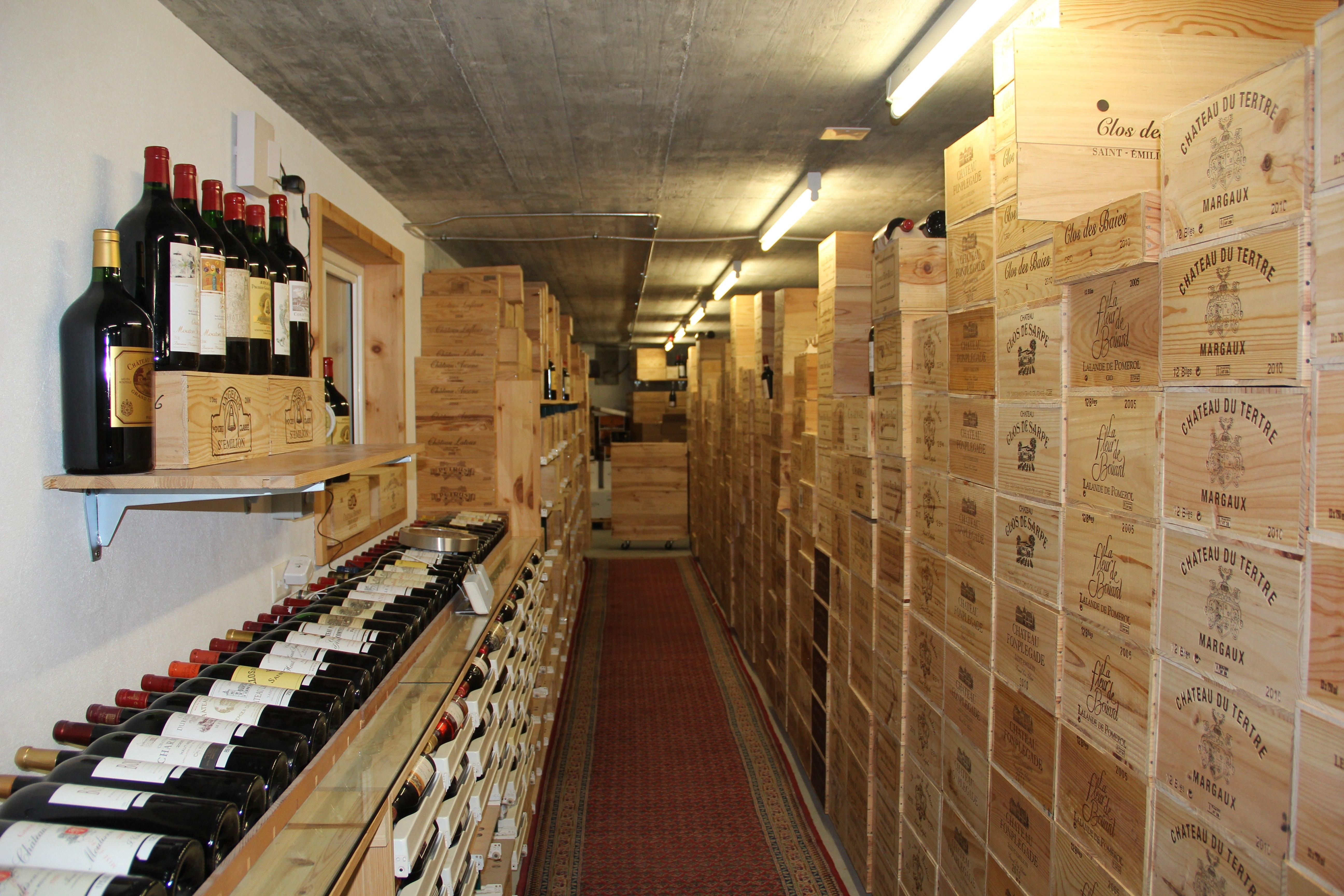 Weinhandlung Cantina Ratti GmbH Slide 1