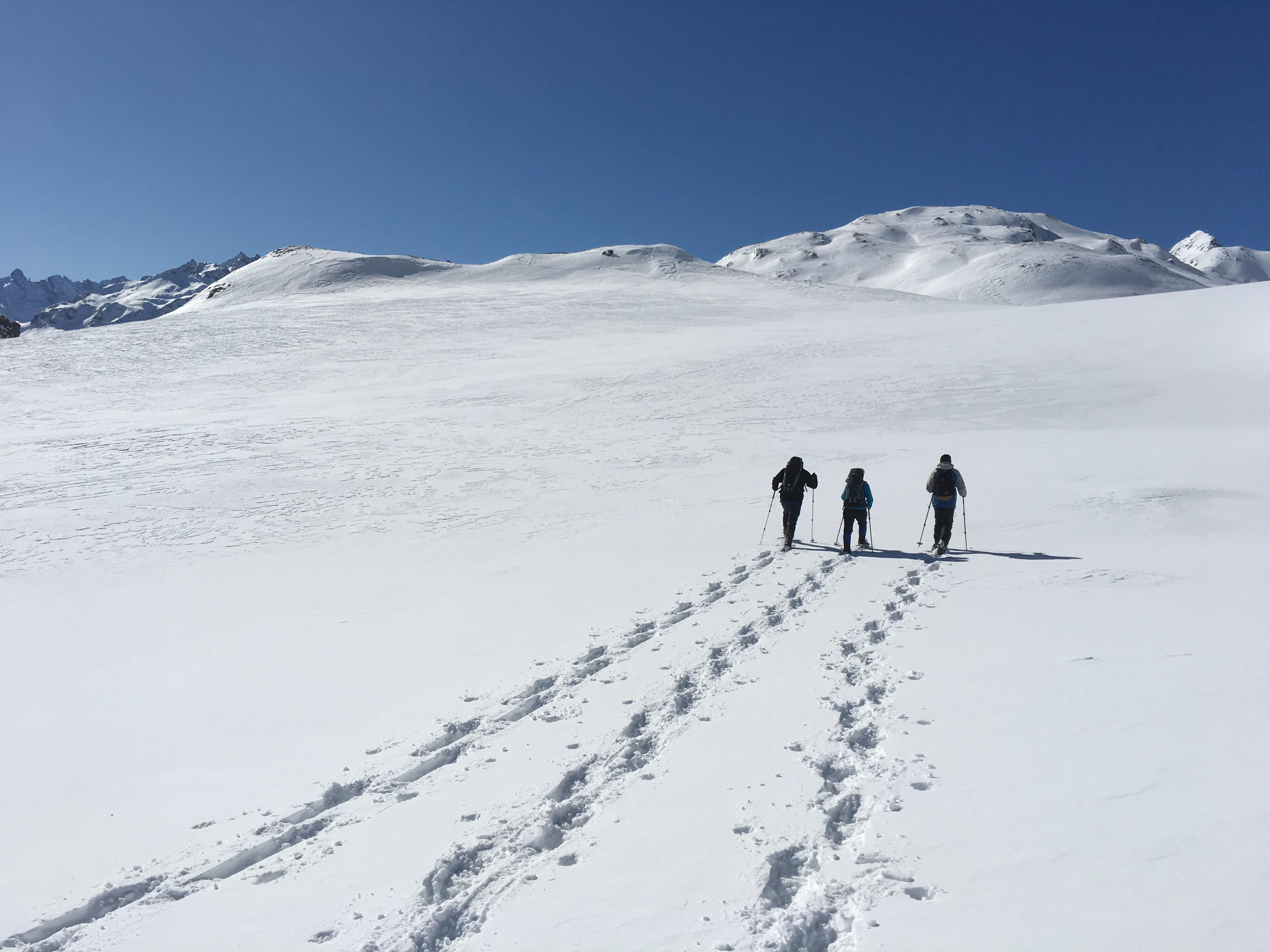 Bernina Trekking (Rudolf Wiesner, Schneeschuhwanderleiter mit Eidg. Fachausweis) Slide 3