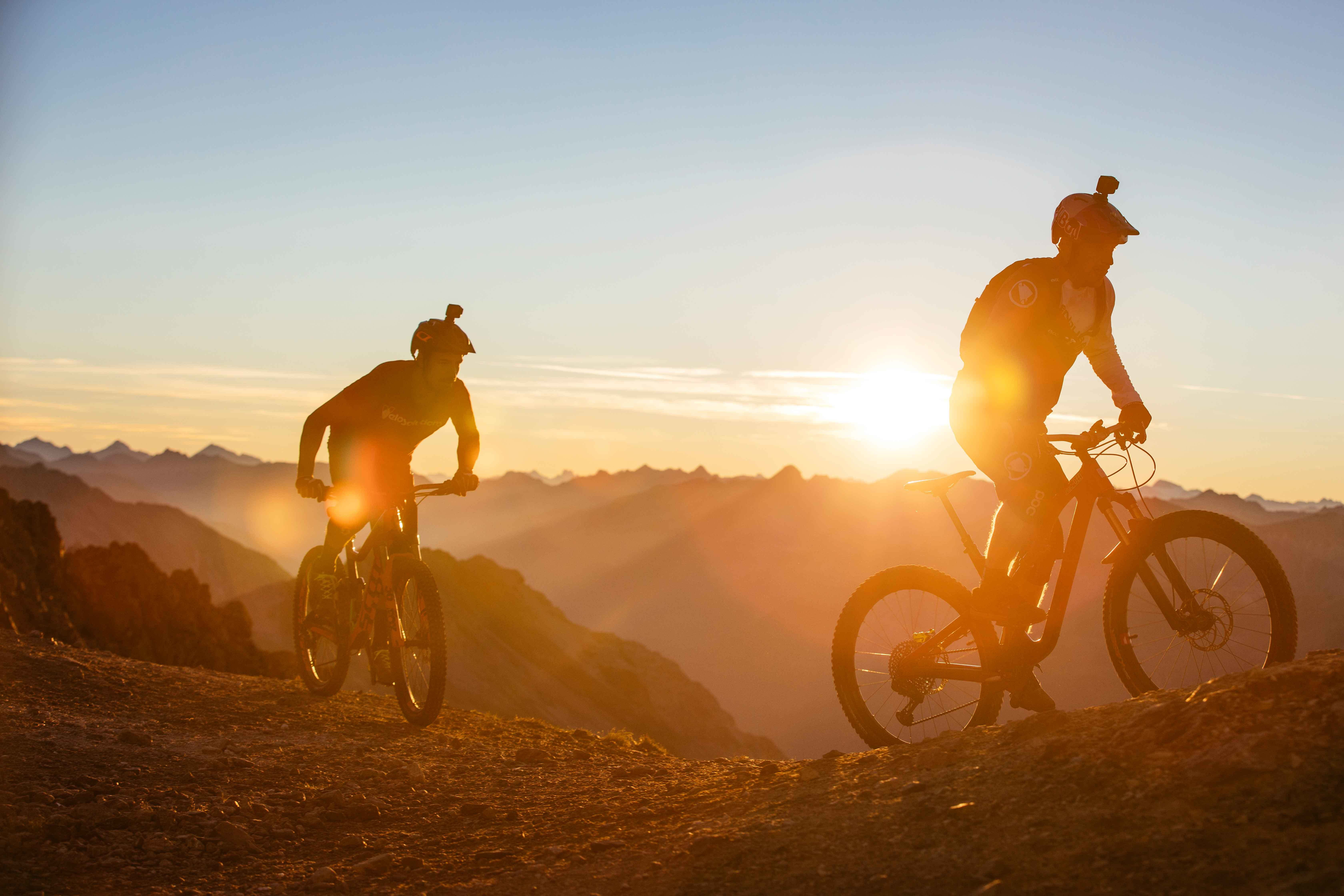 St. Moritz is «Home of Trails» Follow Danny MacAskill und Claudio Caluori