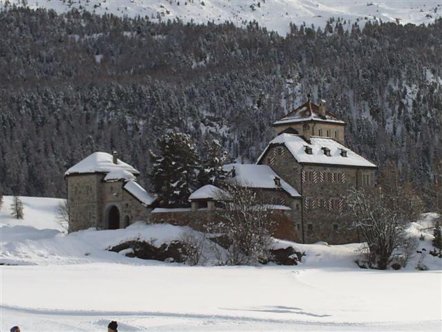 Schloss Crap da Sass Slide 1