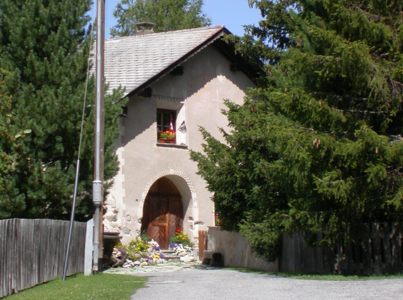 House Laudenbacher Slide 1
