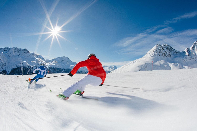 Skiing at Corviglia / Piz Nair