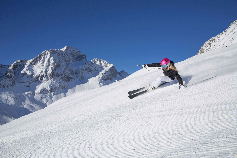 Allegra spring skiing