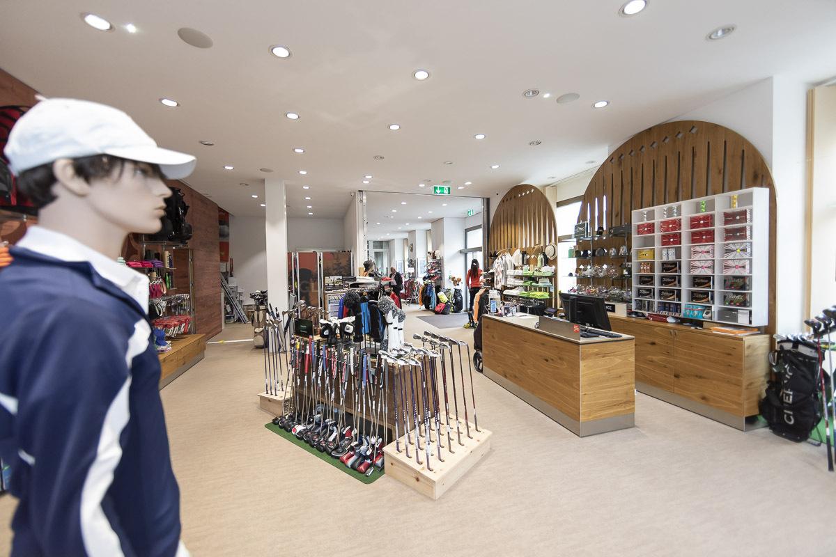 Willy Sport Golf Shop Slide 4