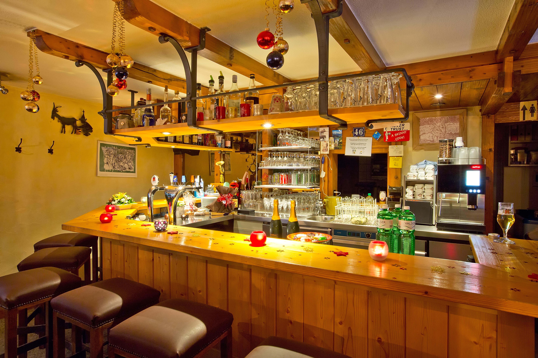 Restaurant Rustica Slide 1