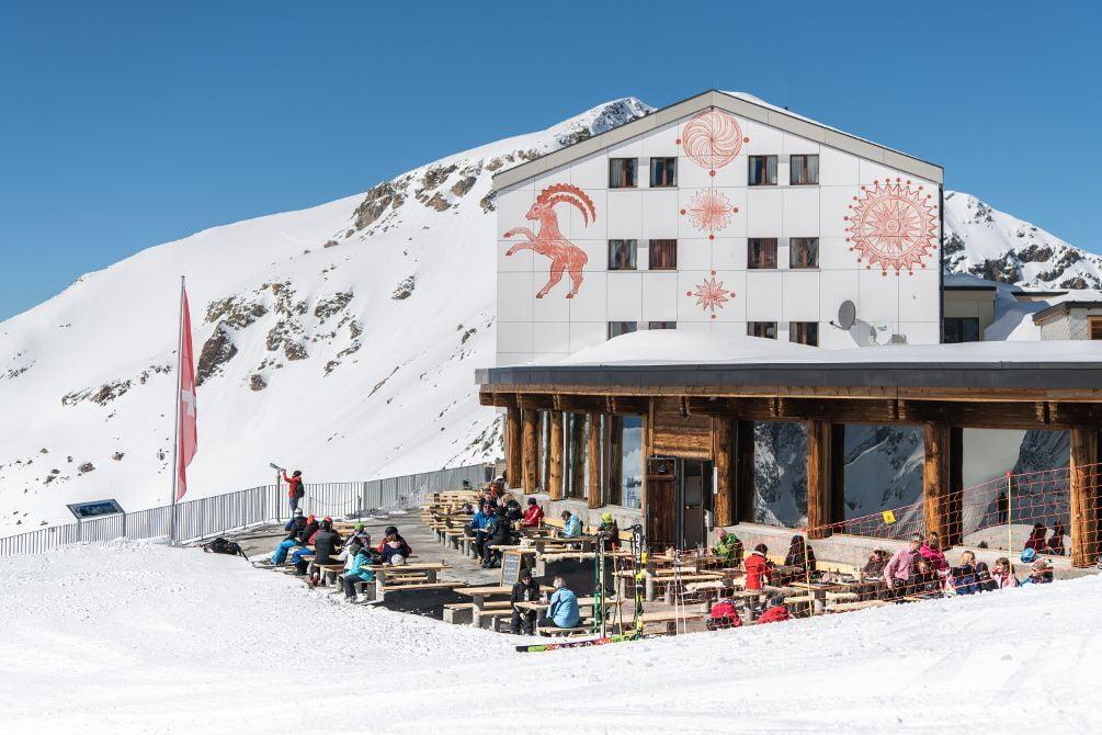 Restaurant Lagalb valley station