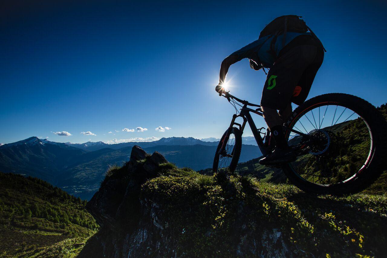 St. Moritz Bikeschule – Suvretta Sports Slide 6