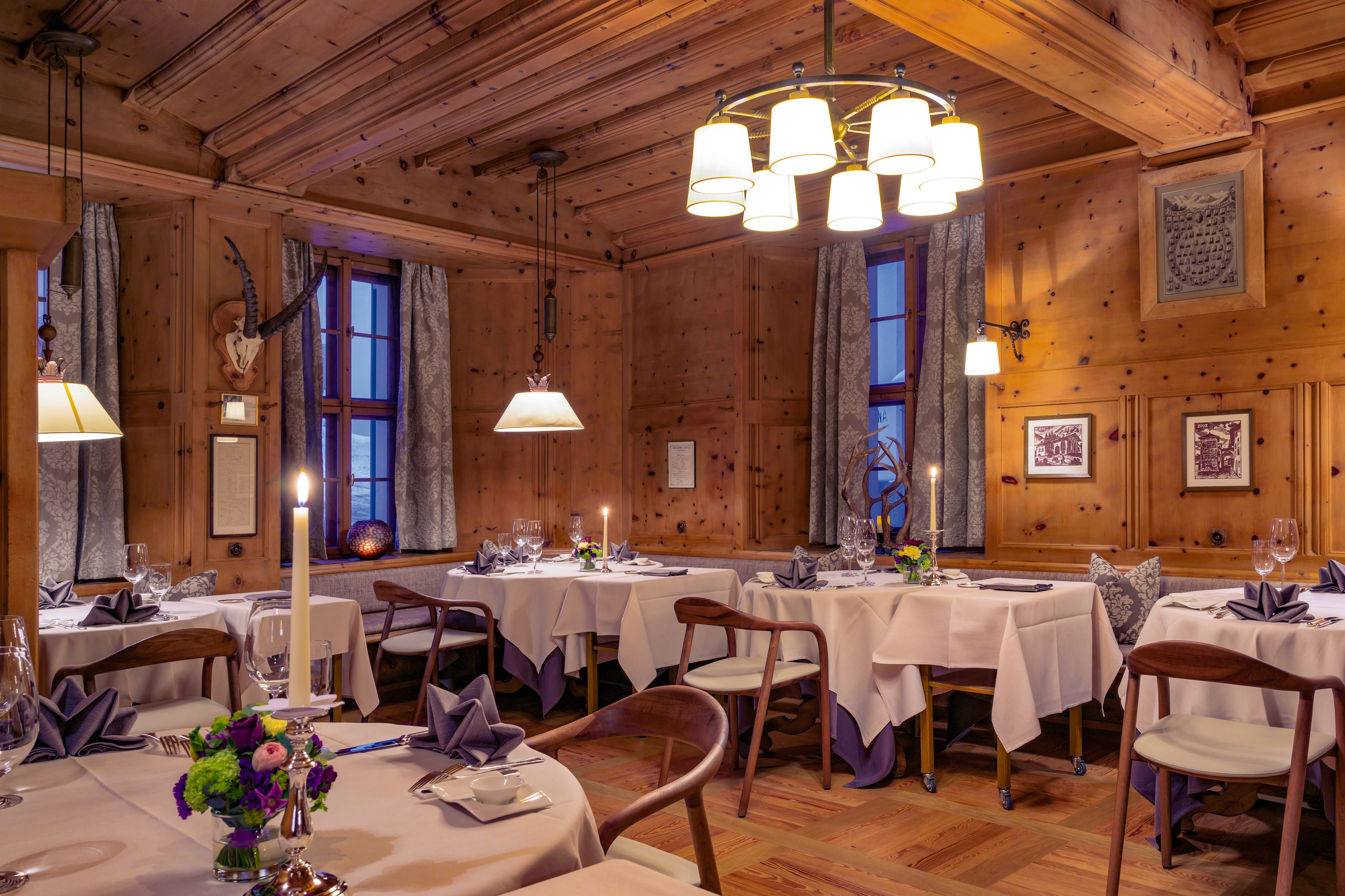Grand Hotel Kronenhof - Gourmet Restaurant Kronenstübli Slide 2