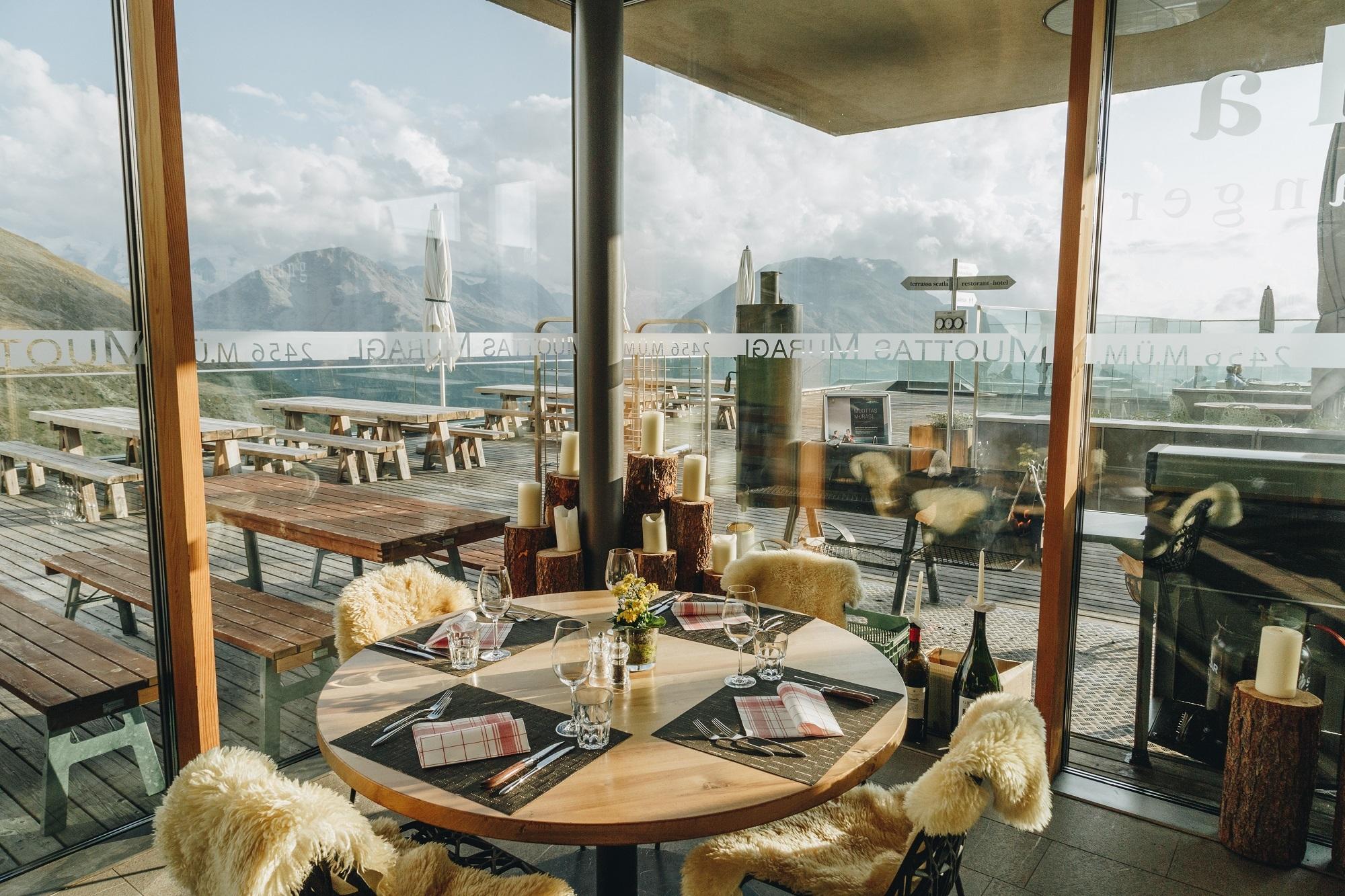 Panoramarestaurant Muottas Muragl Slide 6