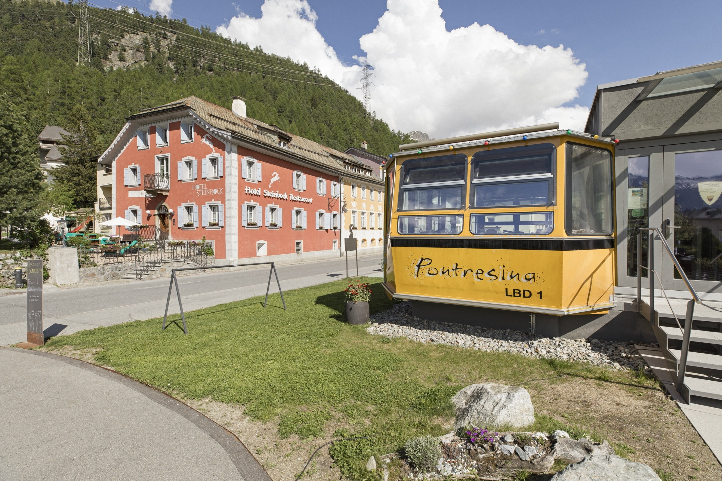 Village tour of Pontresina