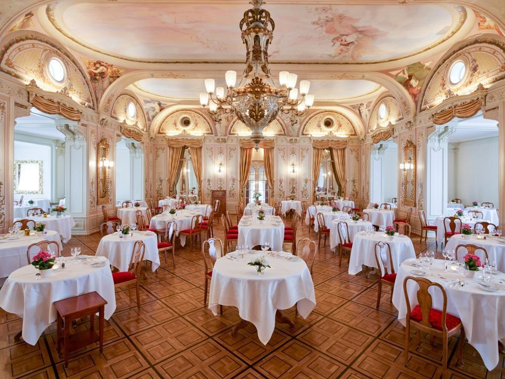 Grand Hotel Kronenhof - Grand Restaurant Slide 4