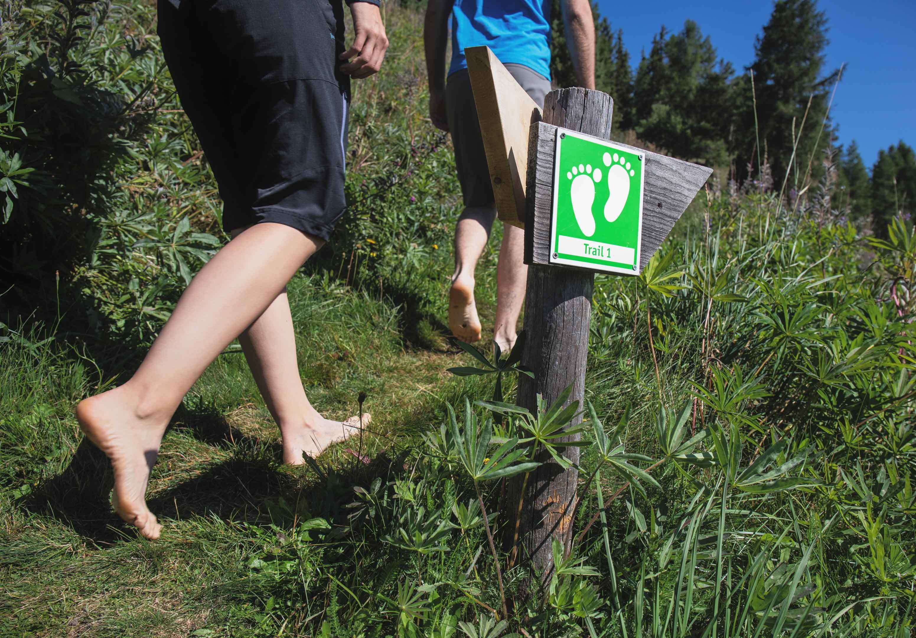 Barefoot trails in Celerina