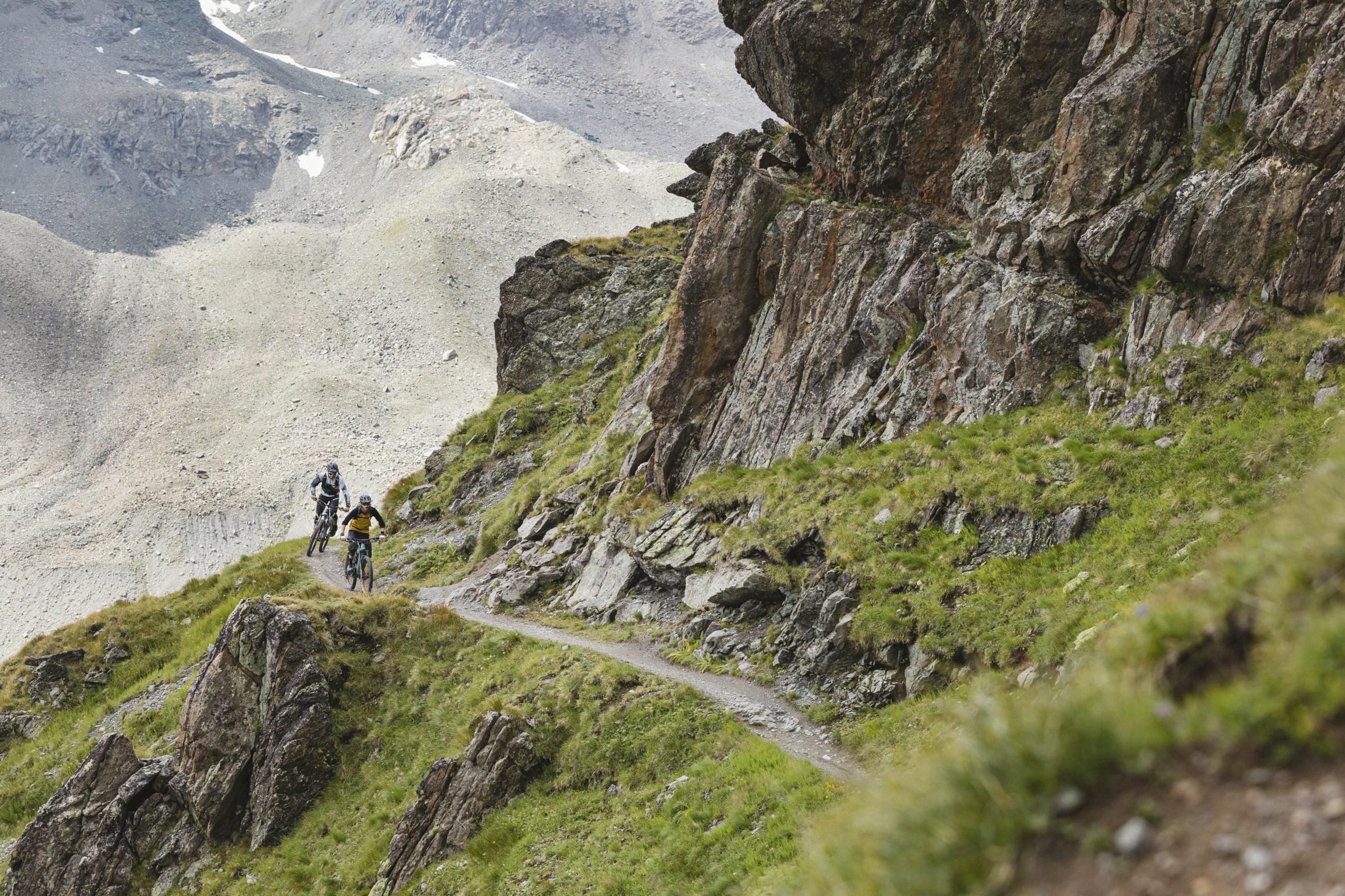 Uphill flow