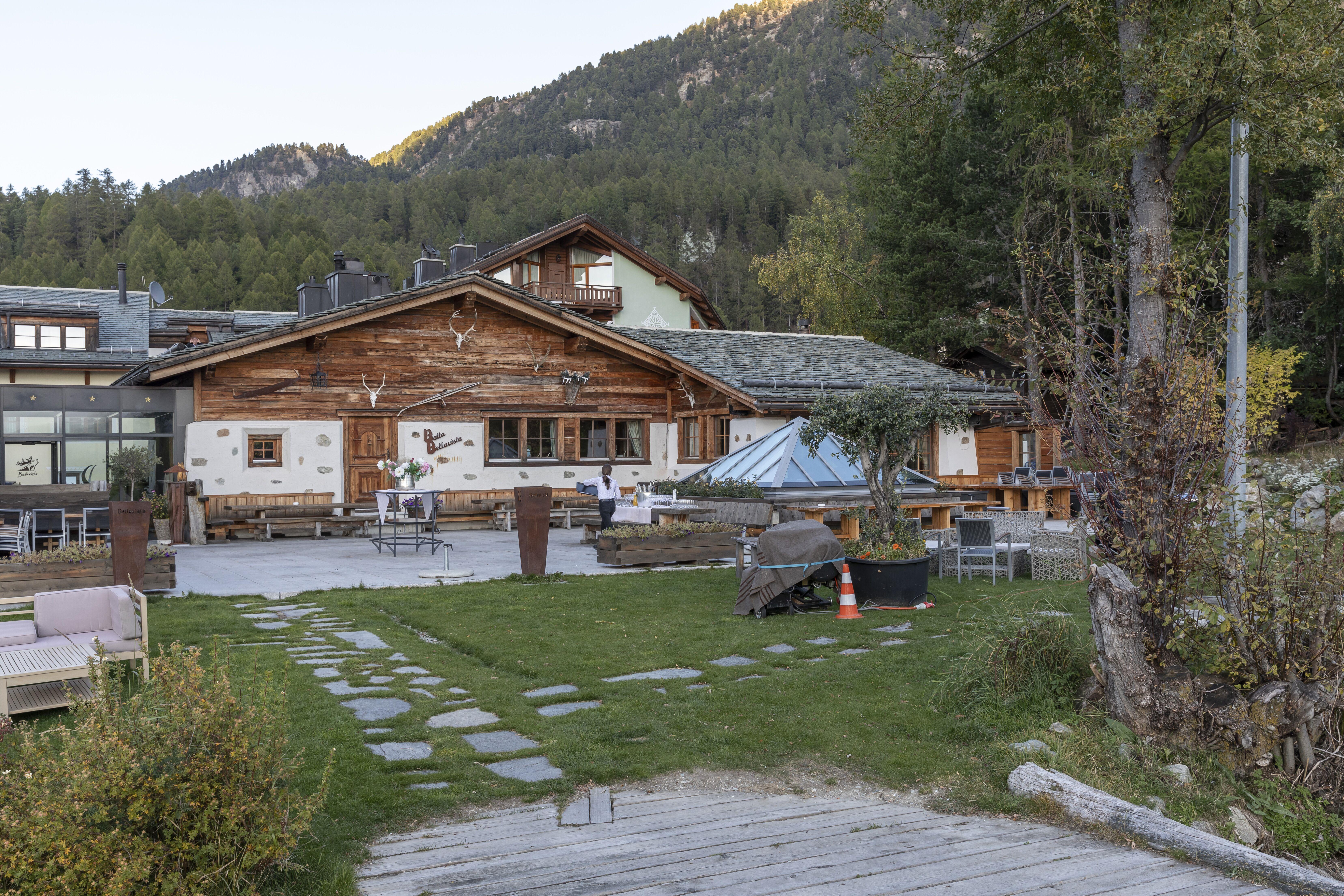 Benni's Jagdhütte und Fleischtrocknerei Slide 2