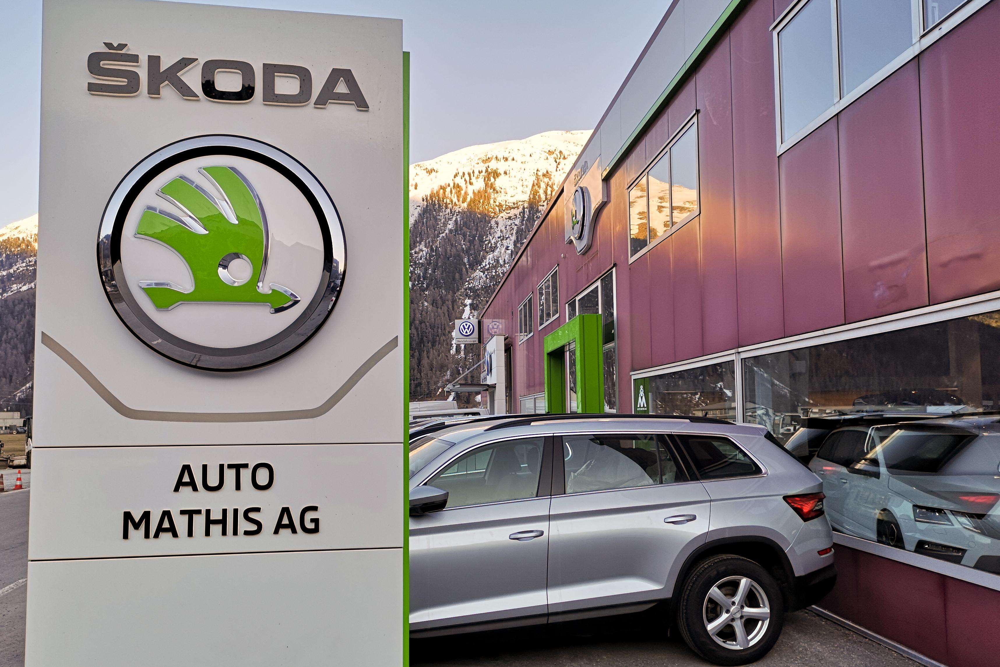 Auto Mathis AG Garage Samedan Slide 2