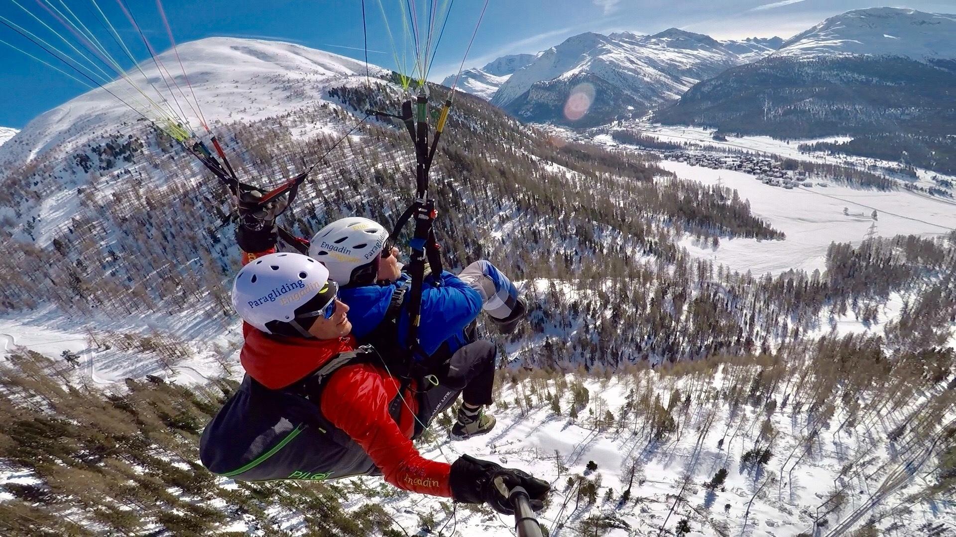 Paragliding Engadin GmbH Slide 3