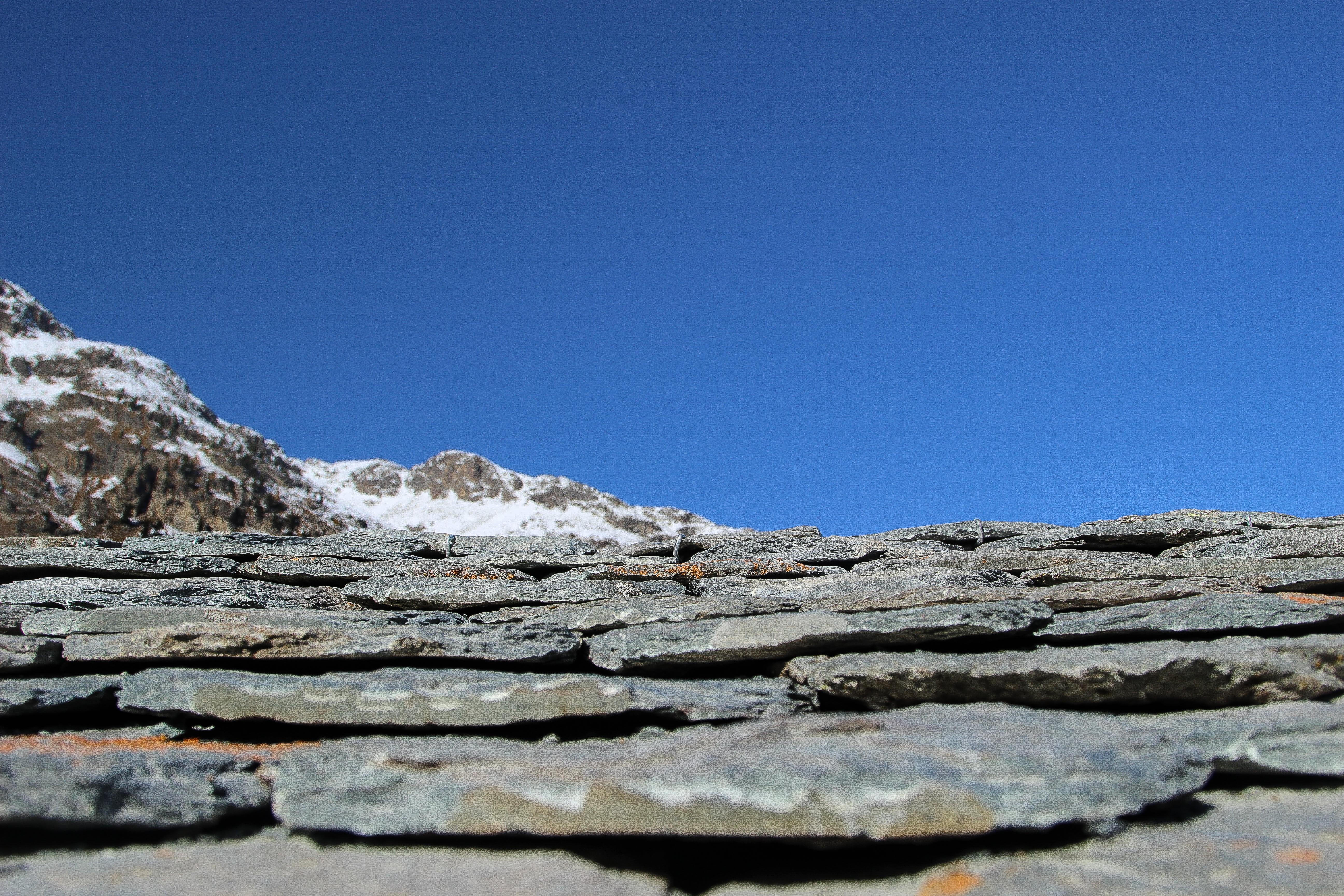 Ein Dach eindecken wie ein Malenc – das ist Kunst