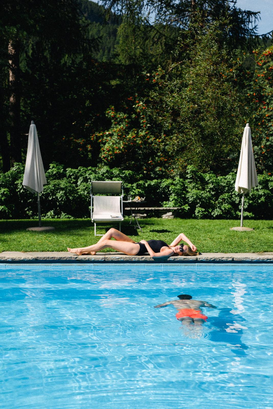 Outdoor Pool, Hotel Saratz Pontresina