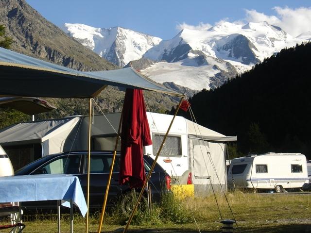 Shop Camping Morteratsch Slide 1