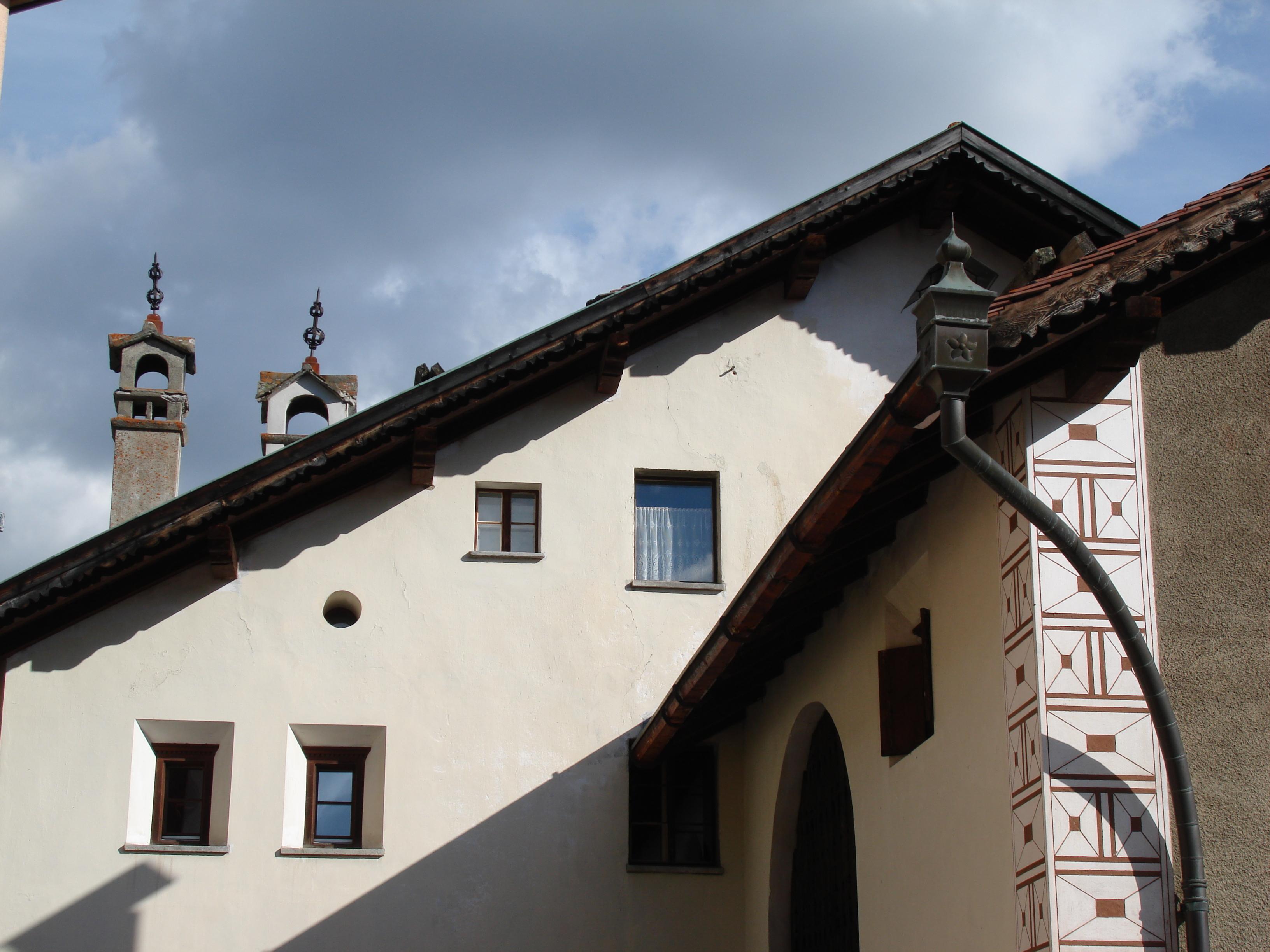Old village part: Laret Slide 2
