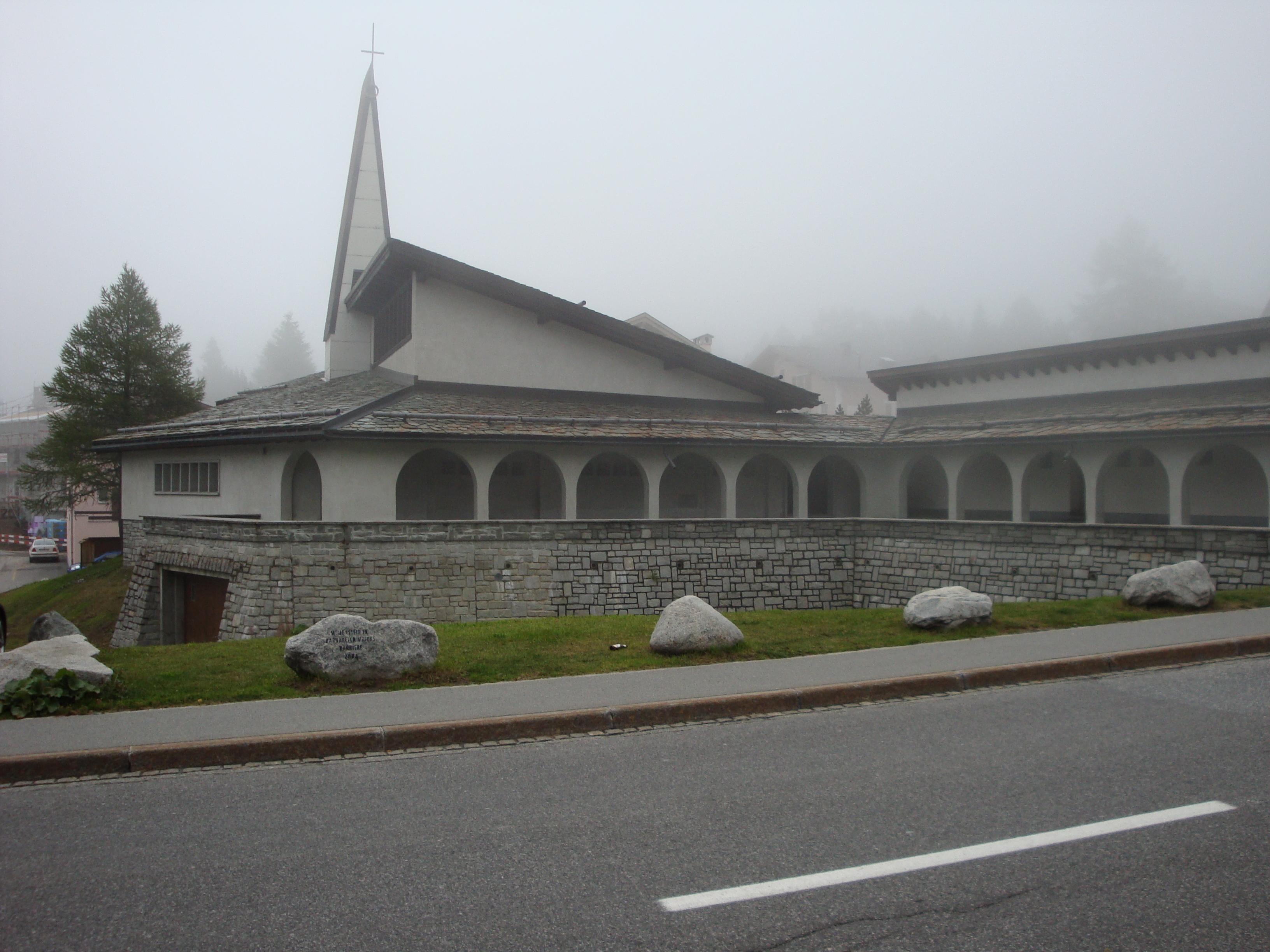 """Katholische Kirche """"St. Peter und Paul"""" Slide 2"""