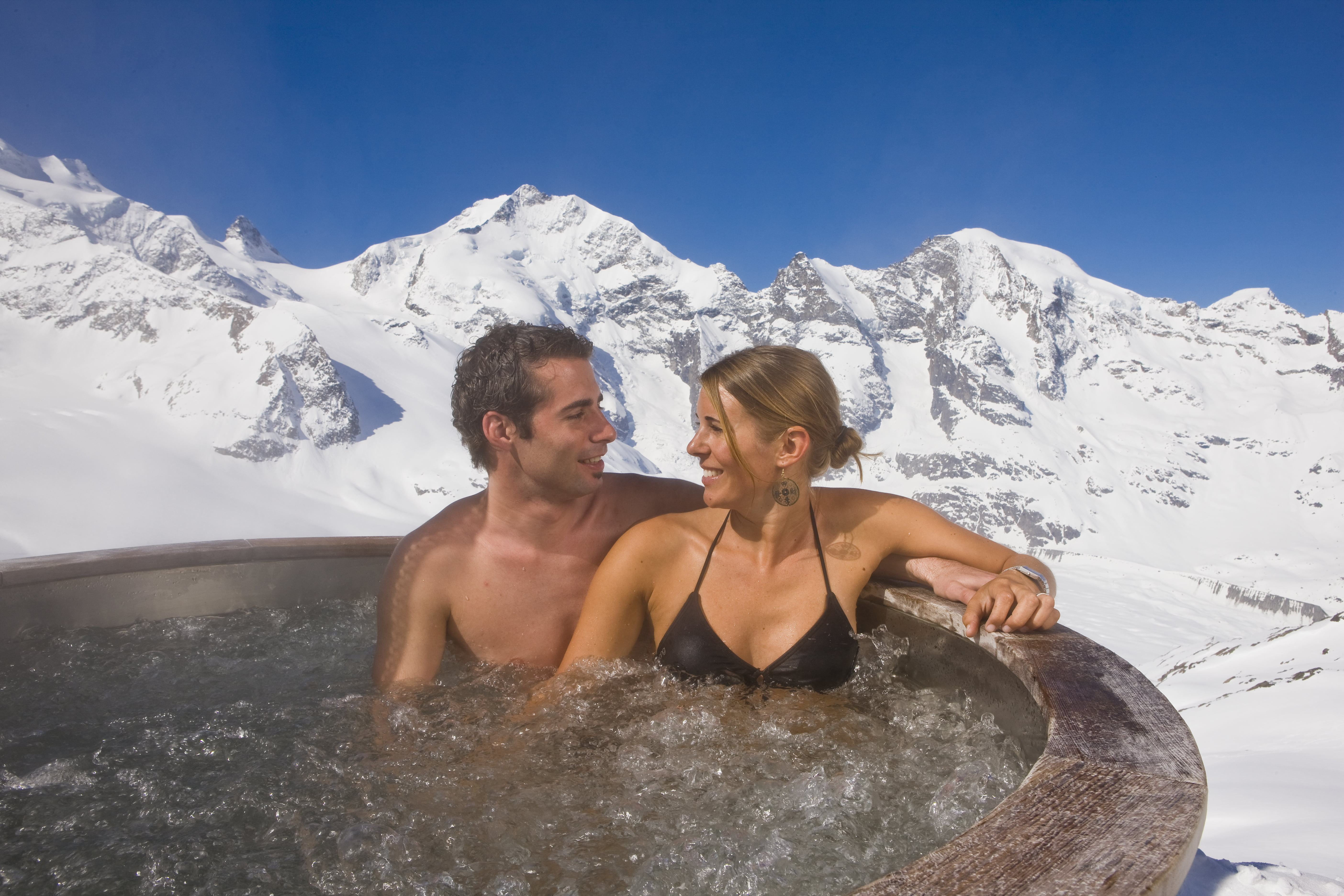 Diavolezza jacuzzi bath at 3,000m.