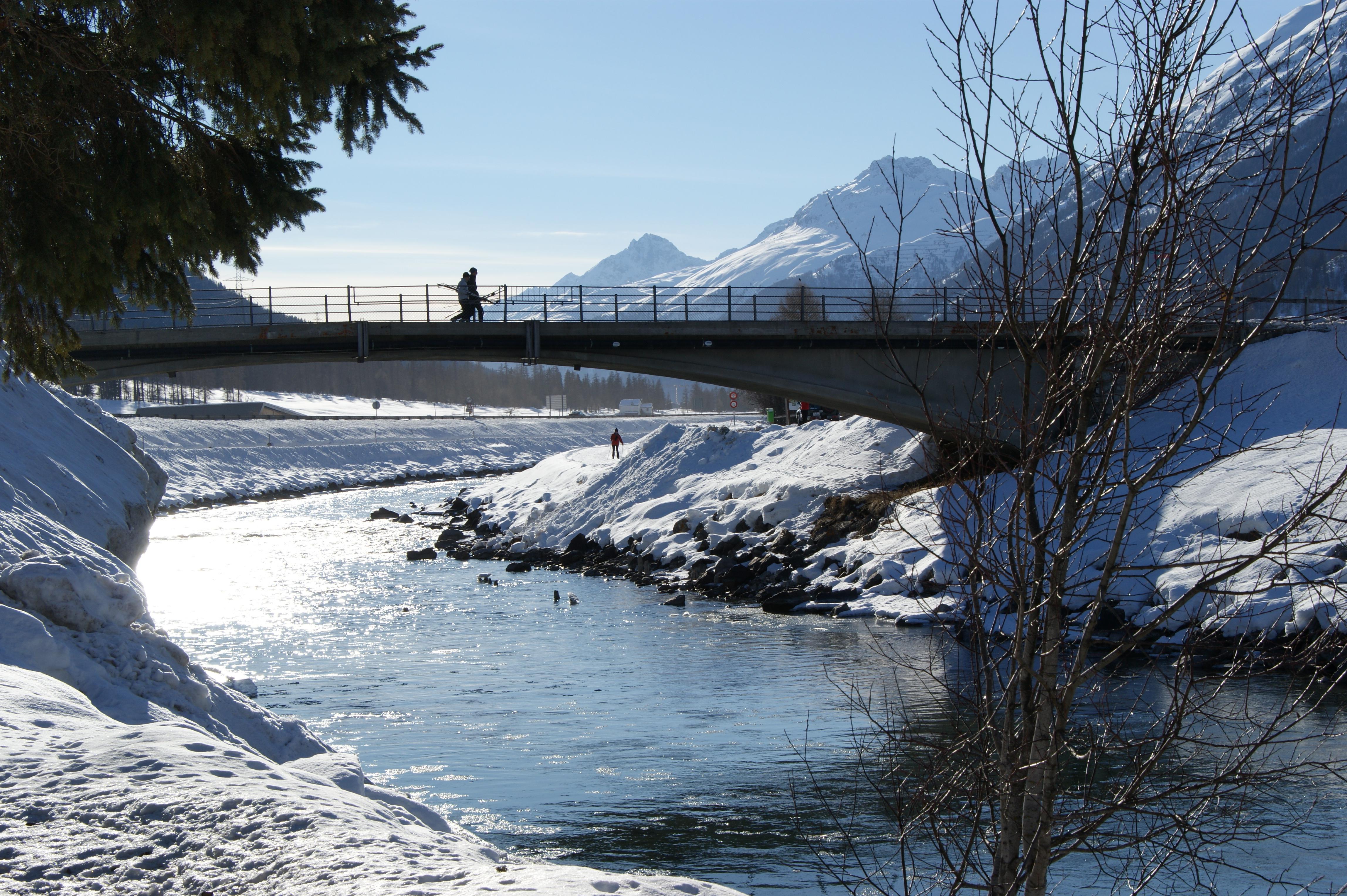 Inn Brücke Slide 1