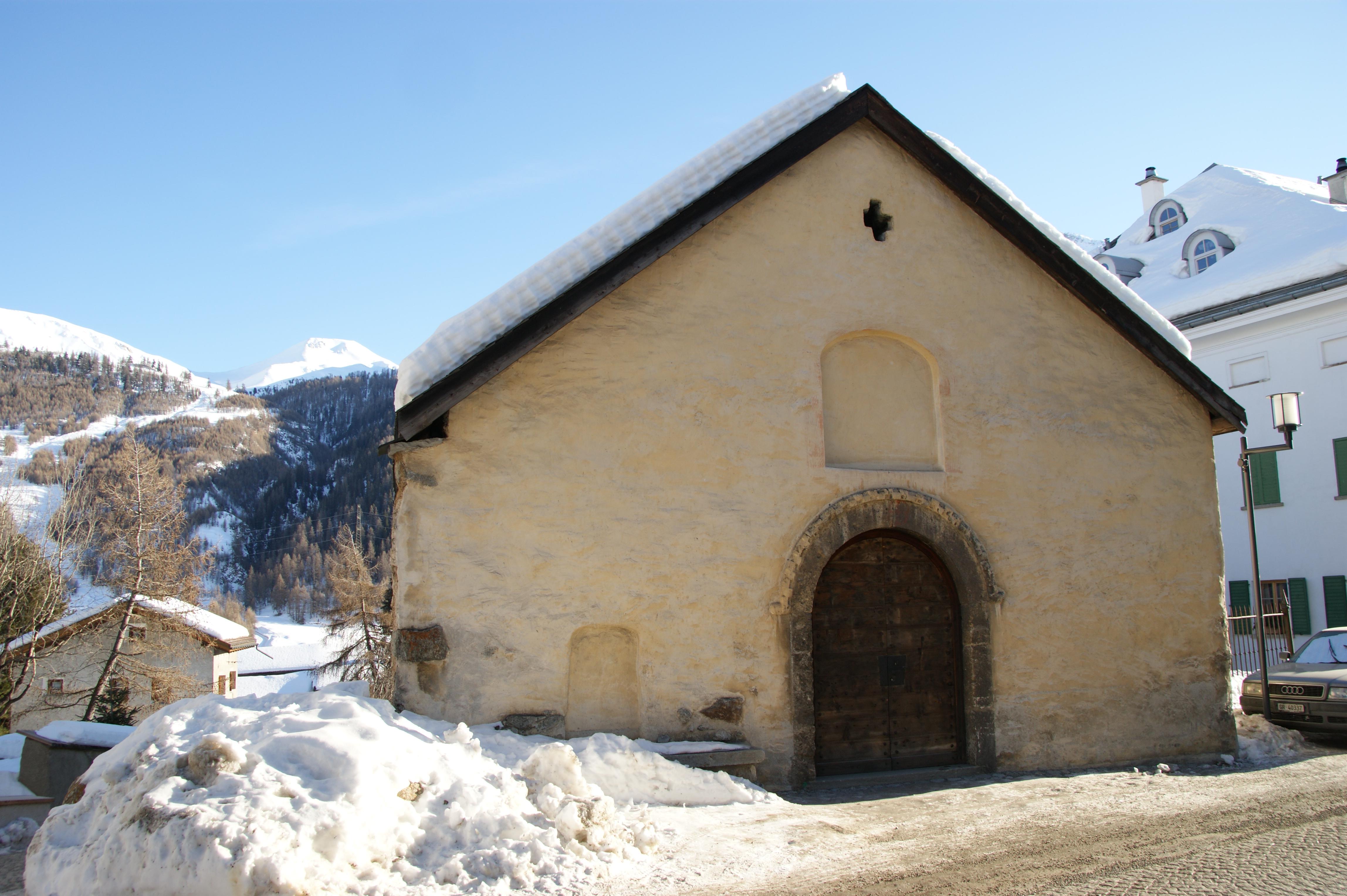 Kapelle San Bastiaun Slide 1