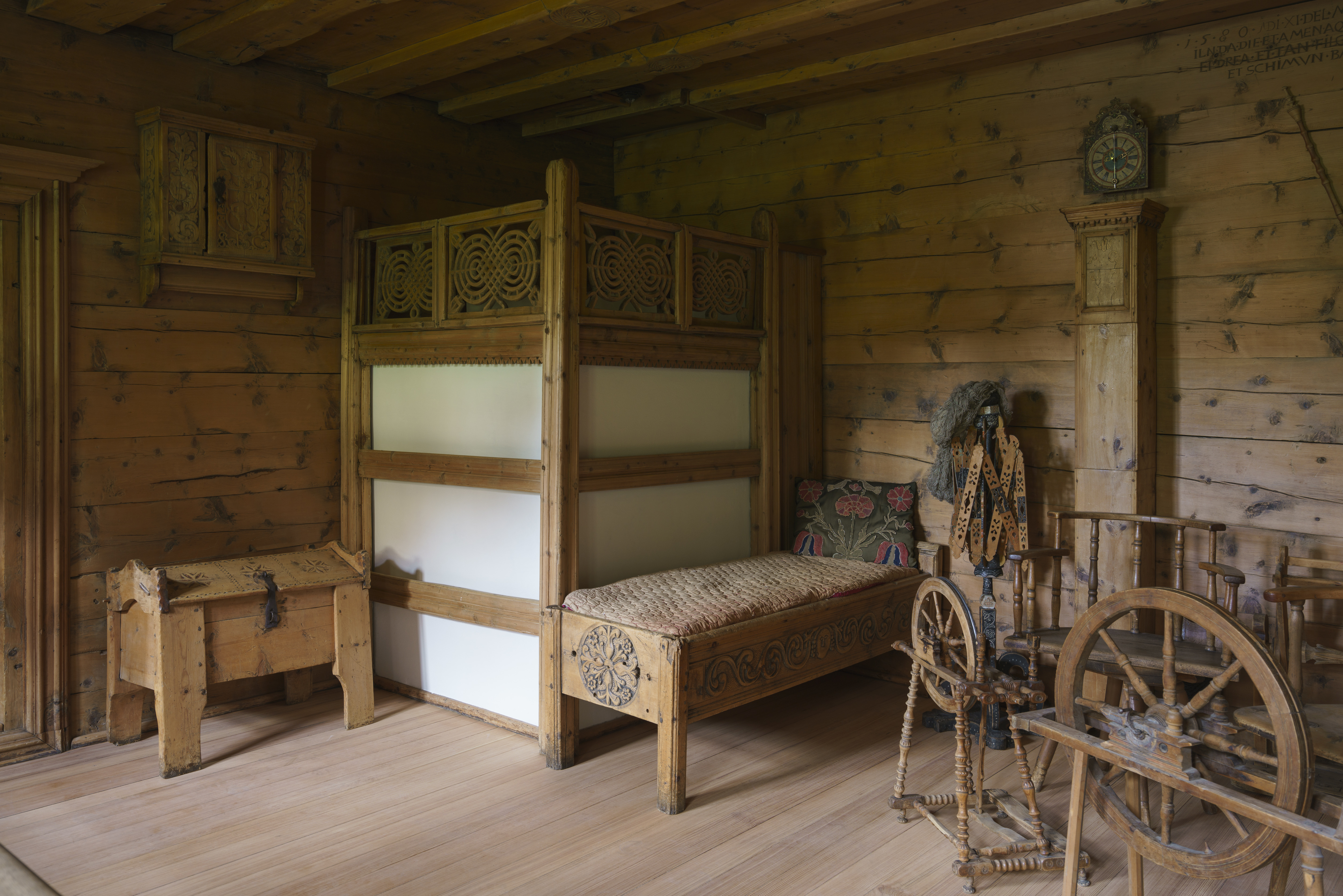 Guided tour of the Engiadinais Museum: 500 years of Engadine home culture